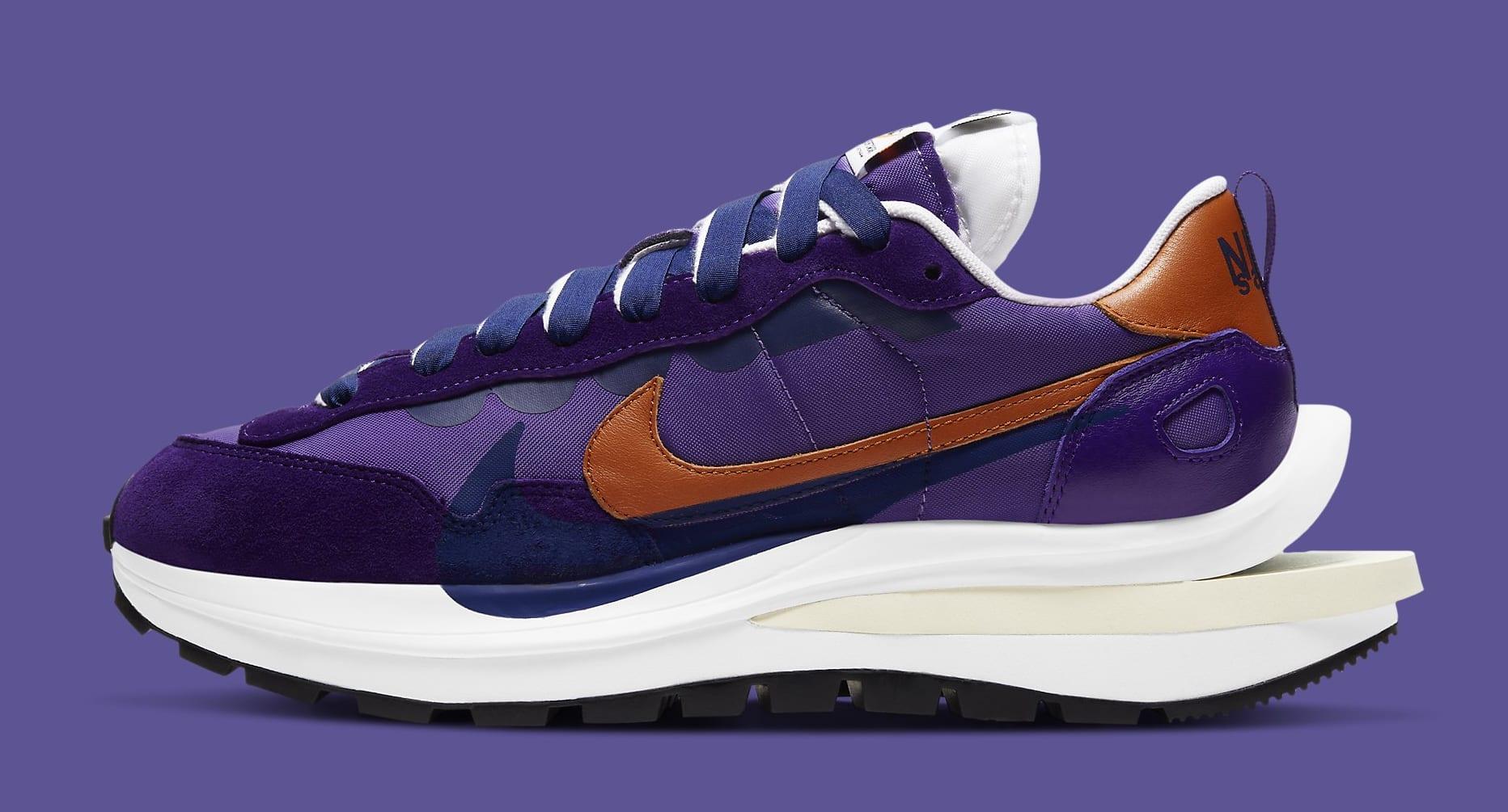 Sacai x Nike VaporWaffle 'Dark Iris' DD1875-500 Lateral