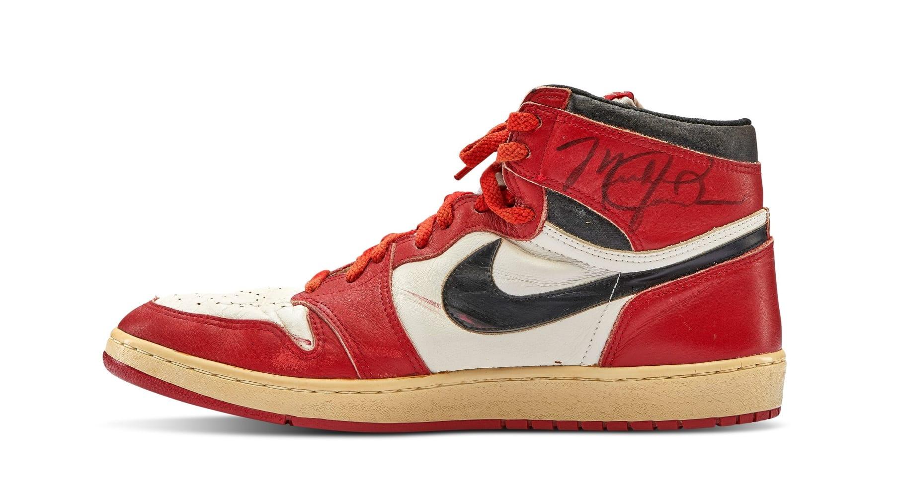 Michael Jordan Game Worn Autographed 1985 Air Jordan 1 High 'Chicago' Medial