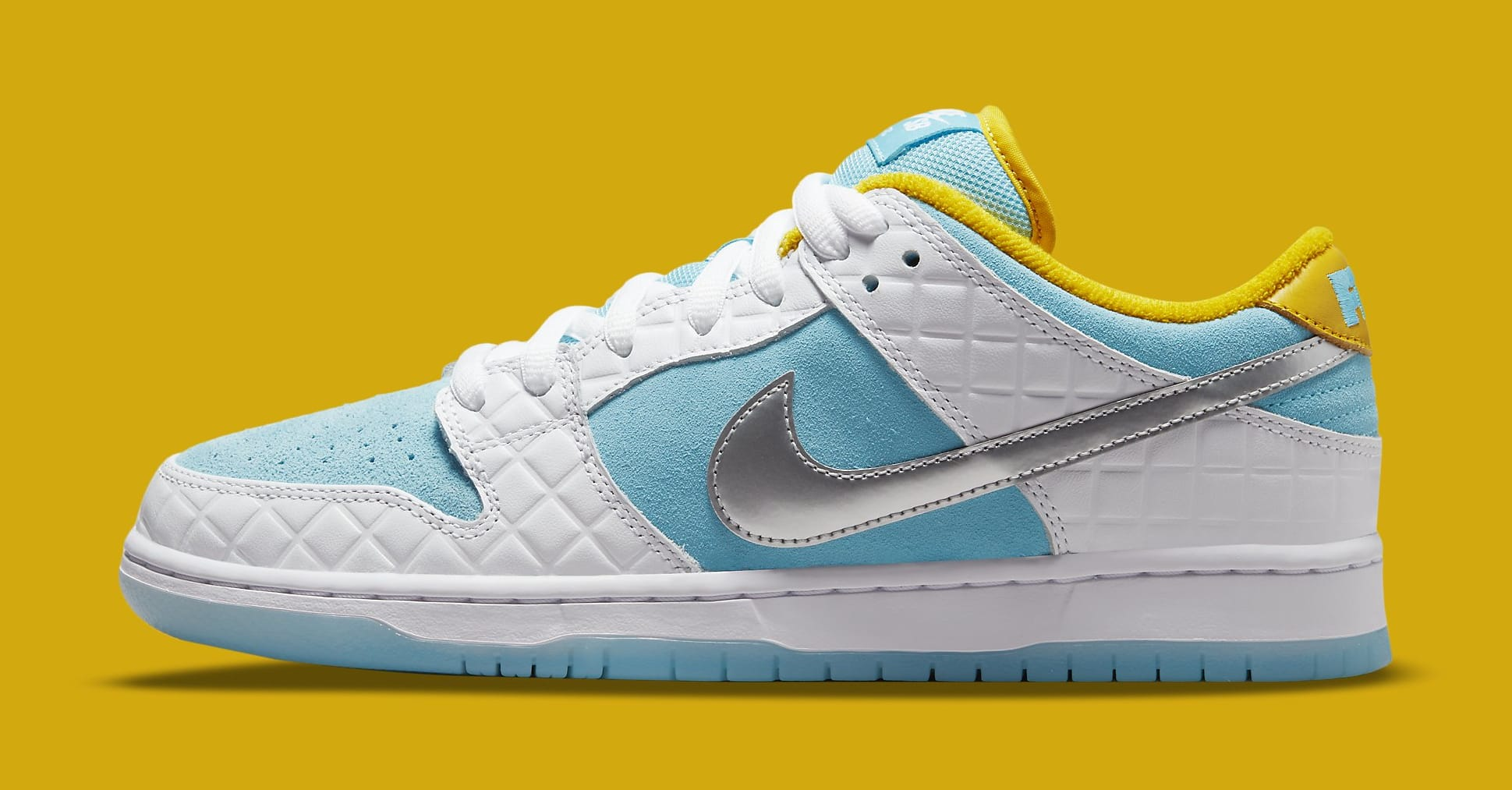 FTC x Nike SB Dunk Low DH7687-400 Lateral