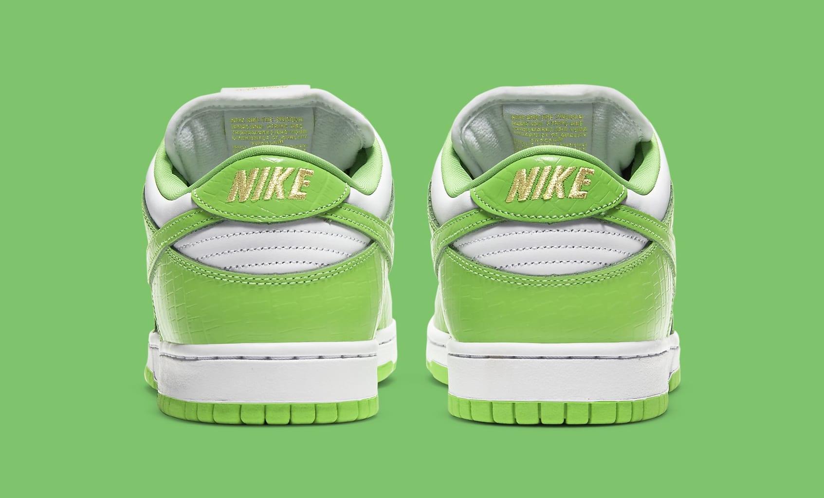 Supreme x Nike SB Dunk Low 'Green' DH3228-101 Heel