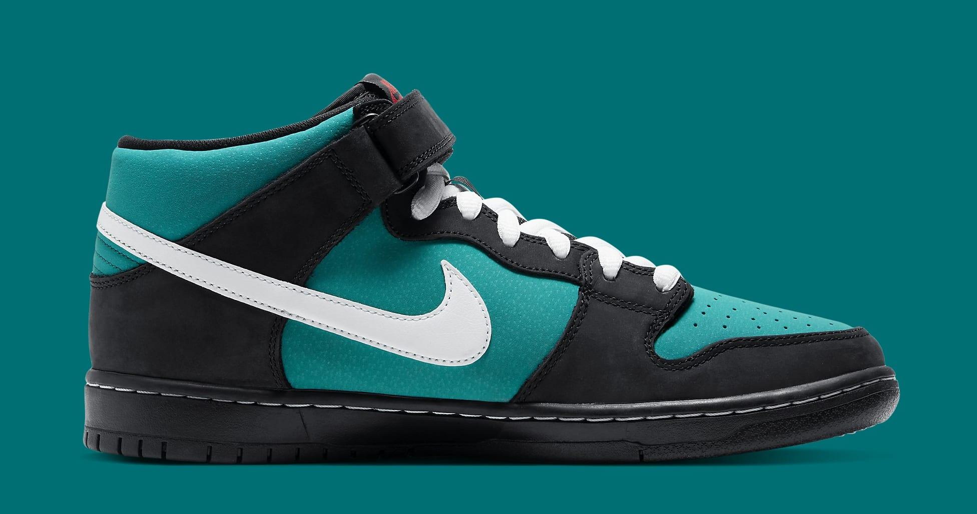 Nike SB Dunk Mid 'Griffey Jr.' CV5474-001 Medial