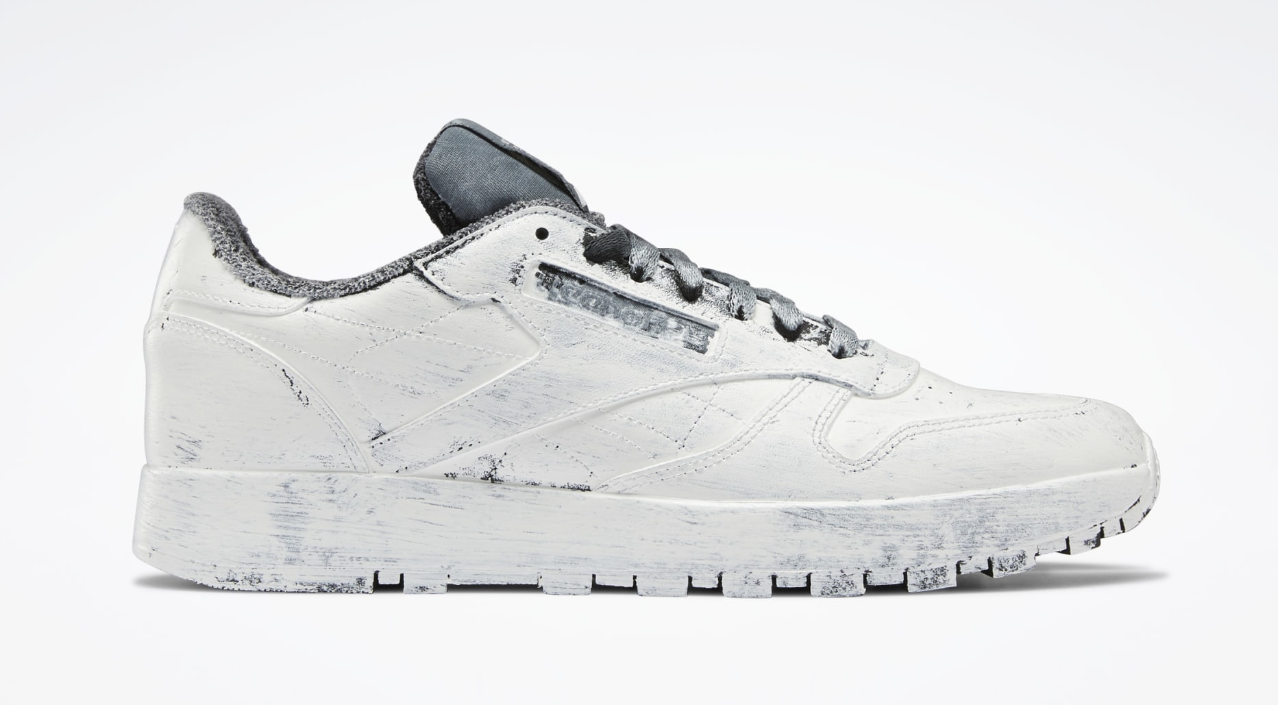 Maison Margiela x Reebok Classic Leather Tabi H04859 Lateral