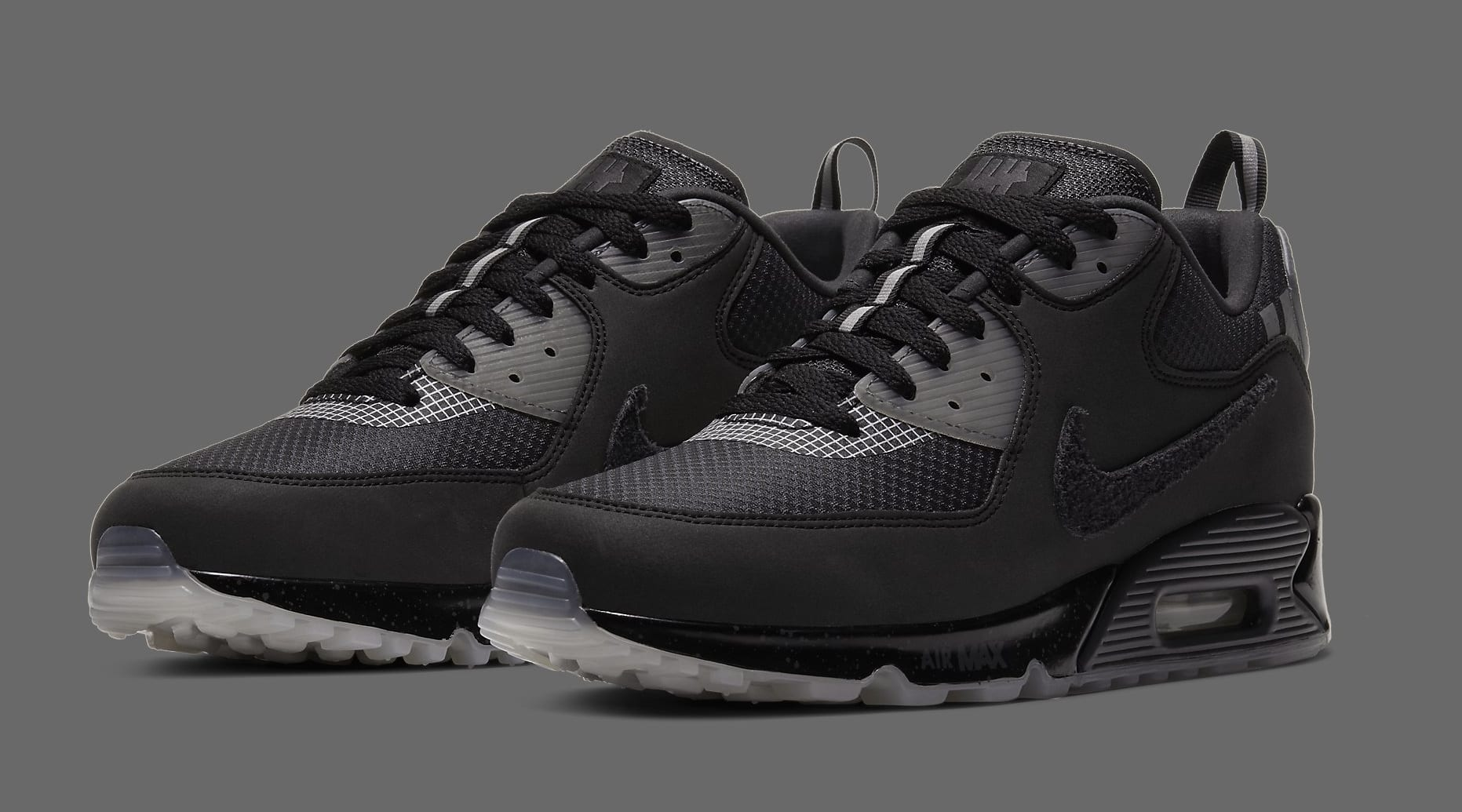 undefeated-nike-air-max-90-black-cq2289-002-pair
