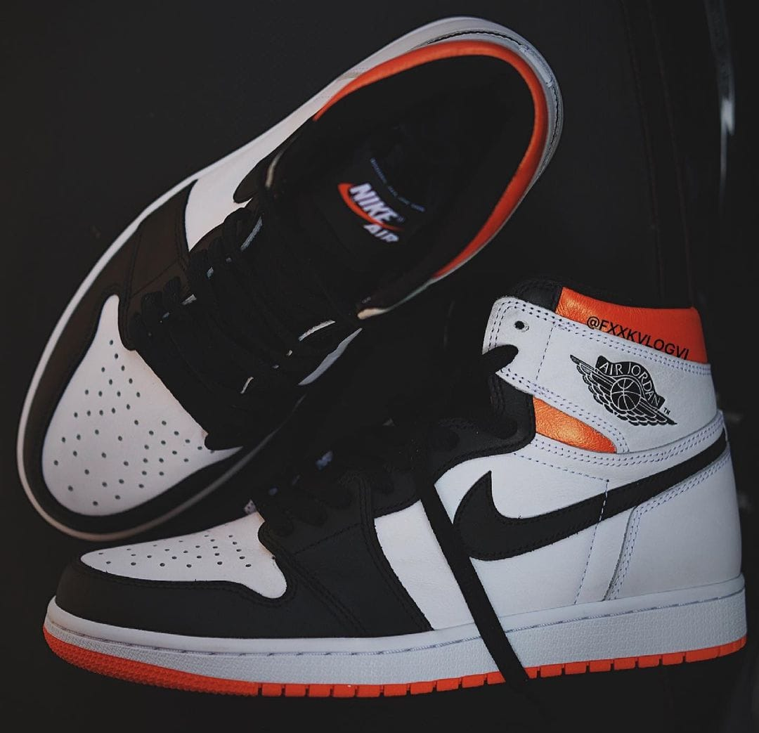 Air Jordan 1 Retro High OG 'Electro Orange' 555088-180 Side