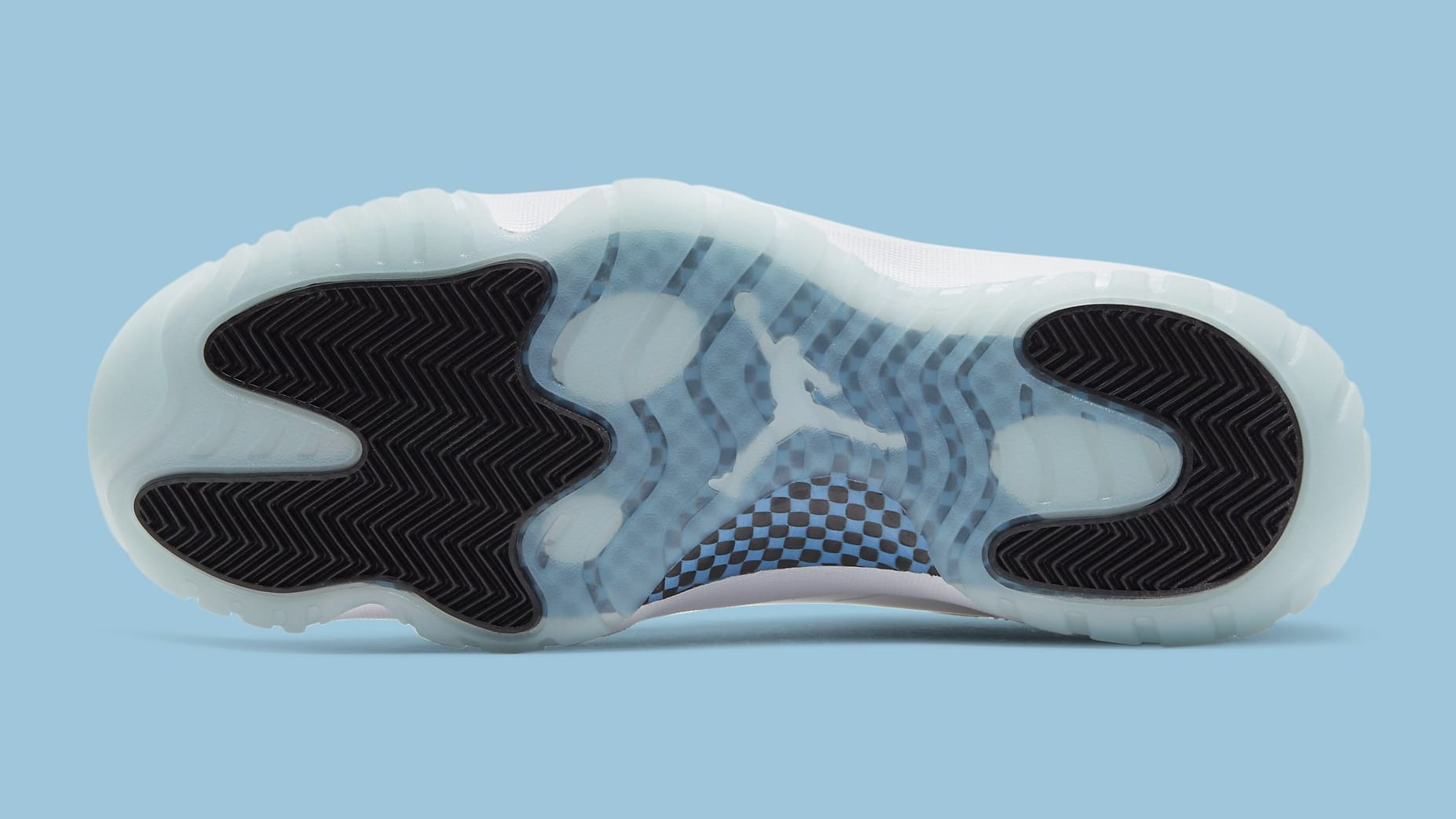 Air Jordan 11 XI Low Legend Blue Release Date AV2187-117 Sole