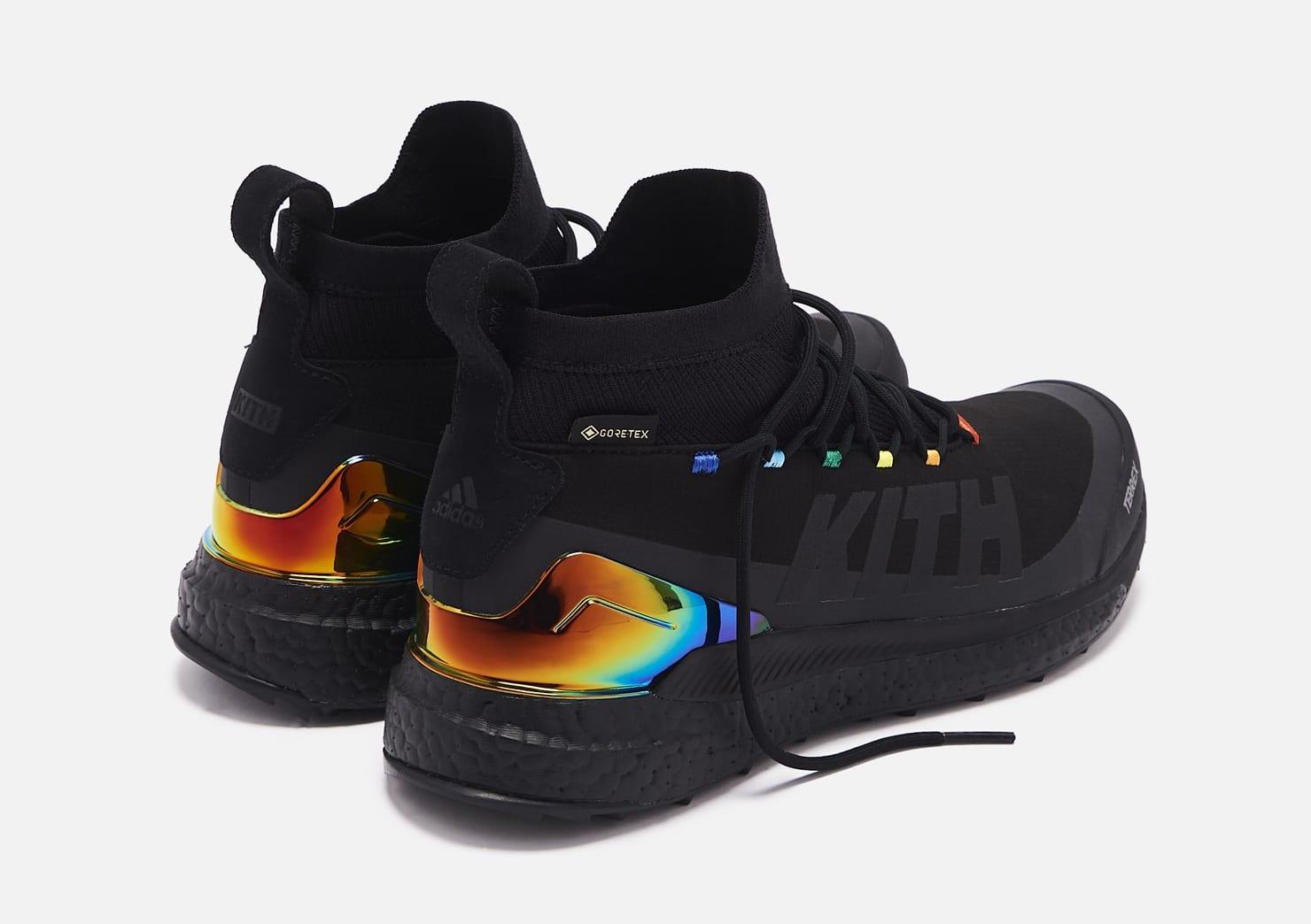 kith-adidas-terrex-free-hiker-black-heel