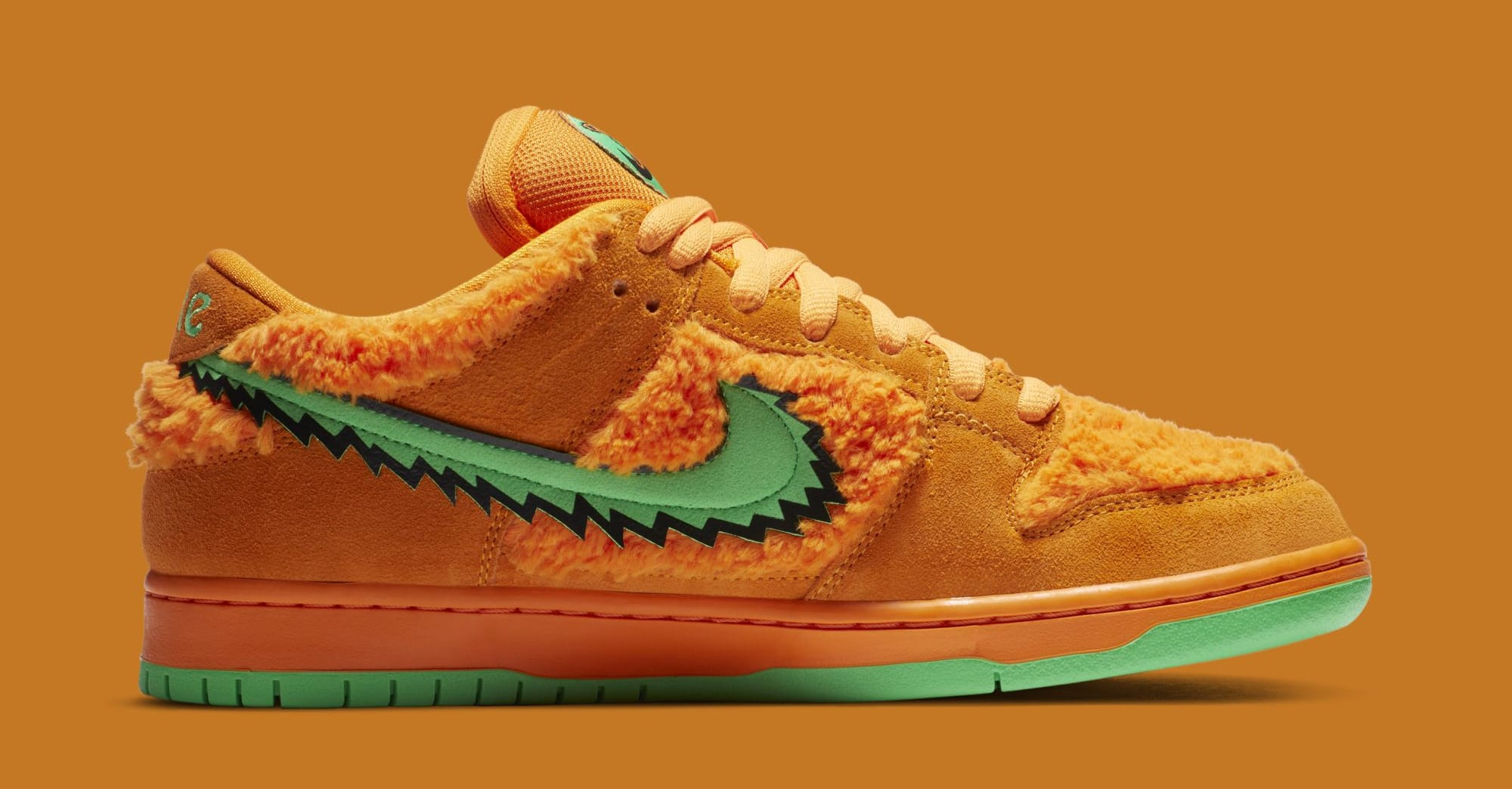 Grateful Dead x Nike SB Dunk Low 'Orange' CJ5378-800 (Medial)