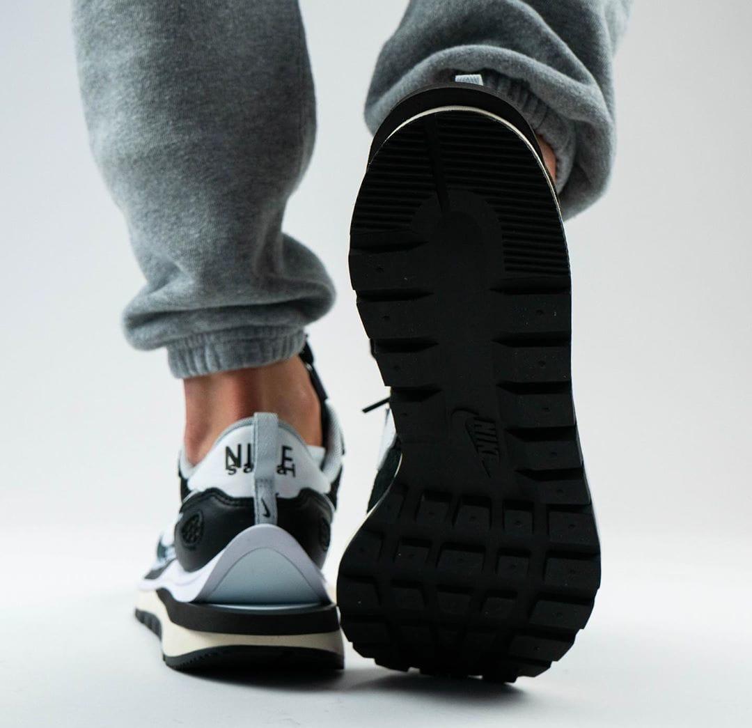 Sacai x Nike VaporWaffle Black/Summit White/Pure Platinum On-Feet Heel