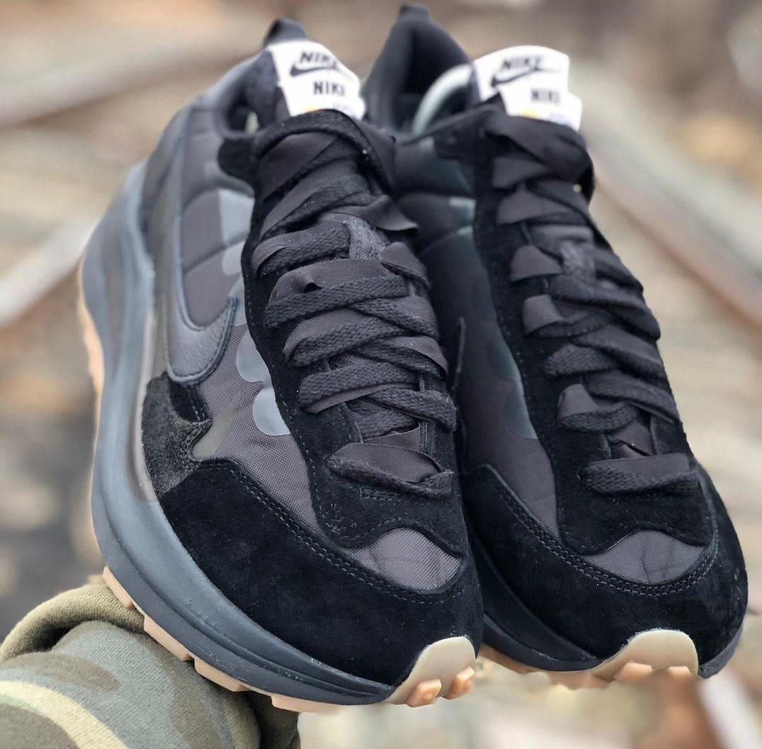 Sacai x Nike VaporWaffle 'Black Nylon' Front