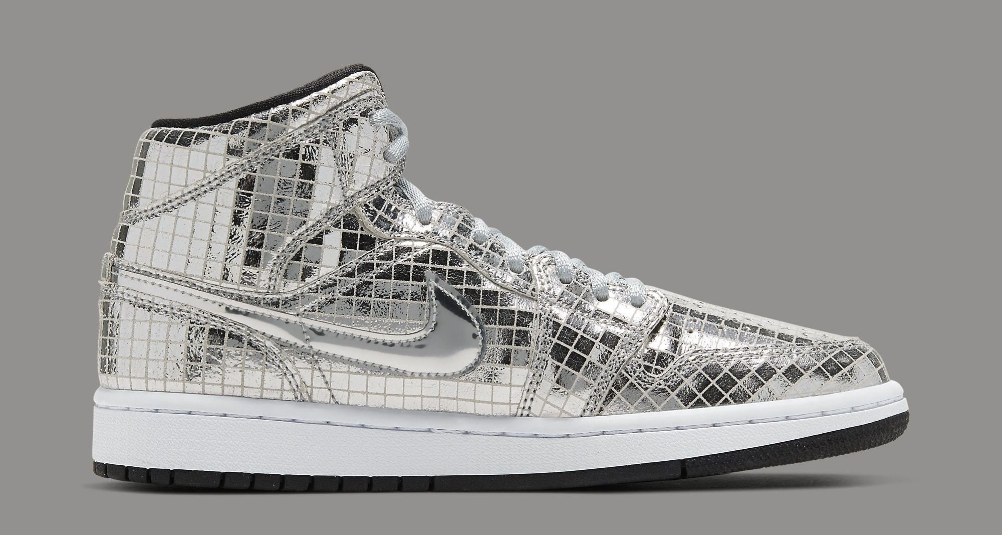 air-jordan-1-mid-disco-ball-cu9304-001-lateral