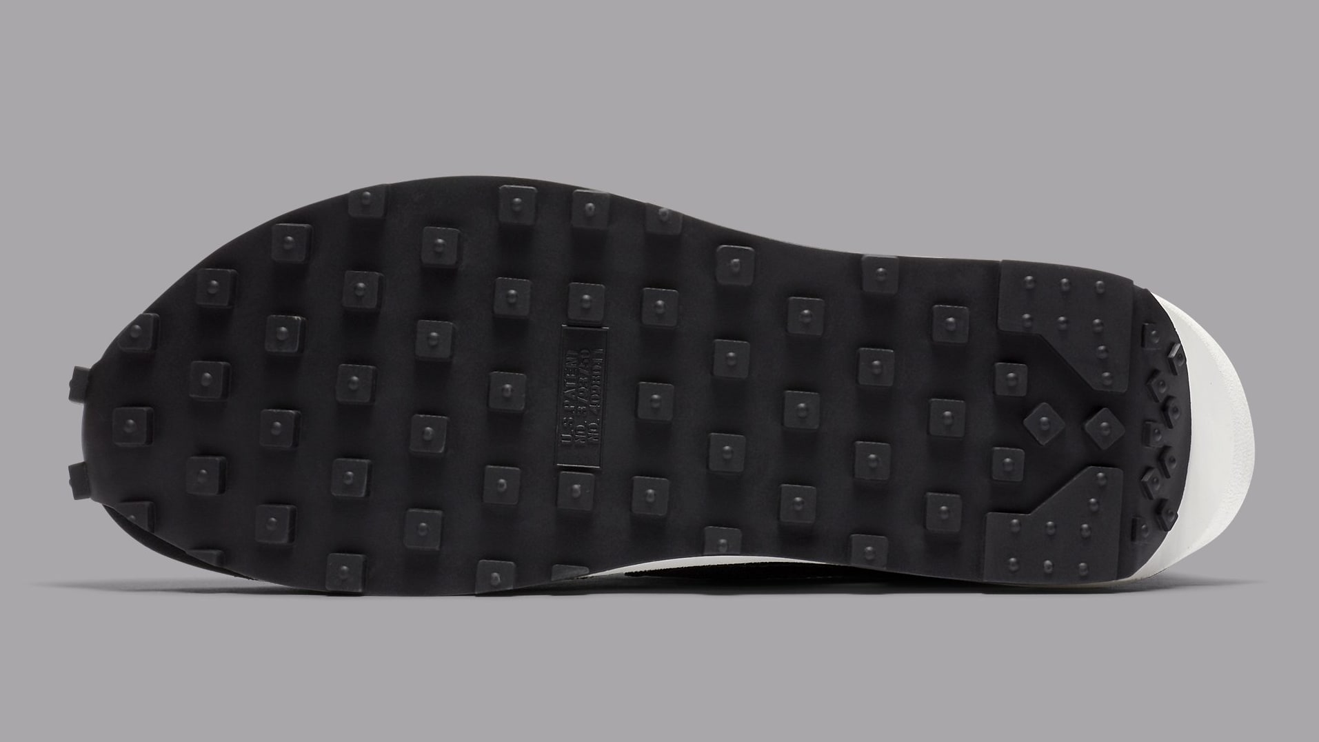 Sacai x Nike LDWaffle Black Anthracite Release Date BV0073-001 Sole