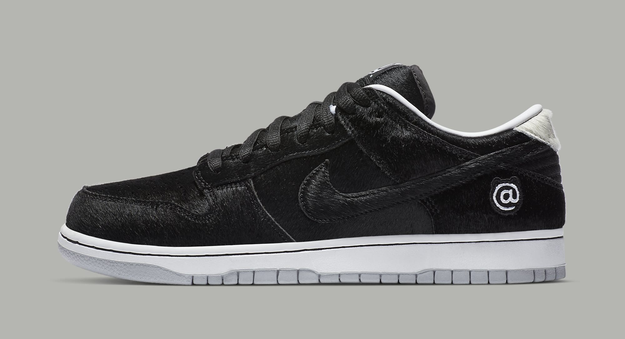 Medicom x Nike SB Dunk Low 'Bearbrick' CZ5127-001 Lateral