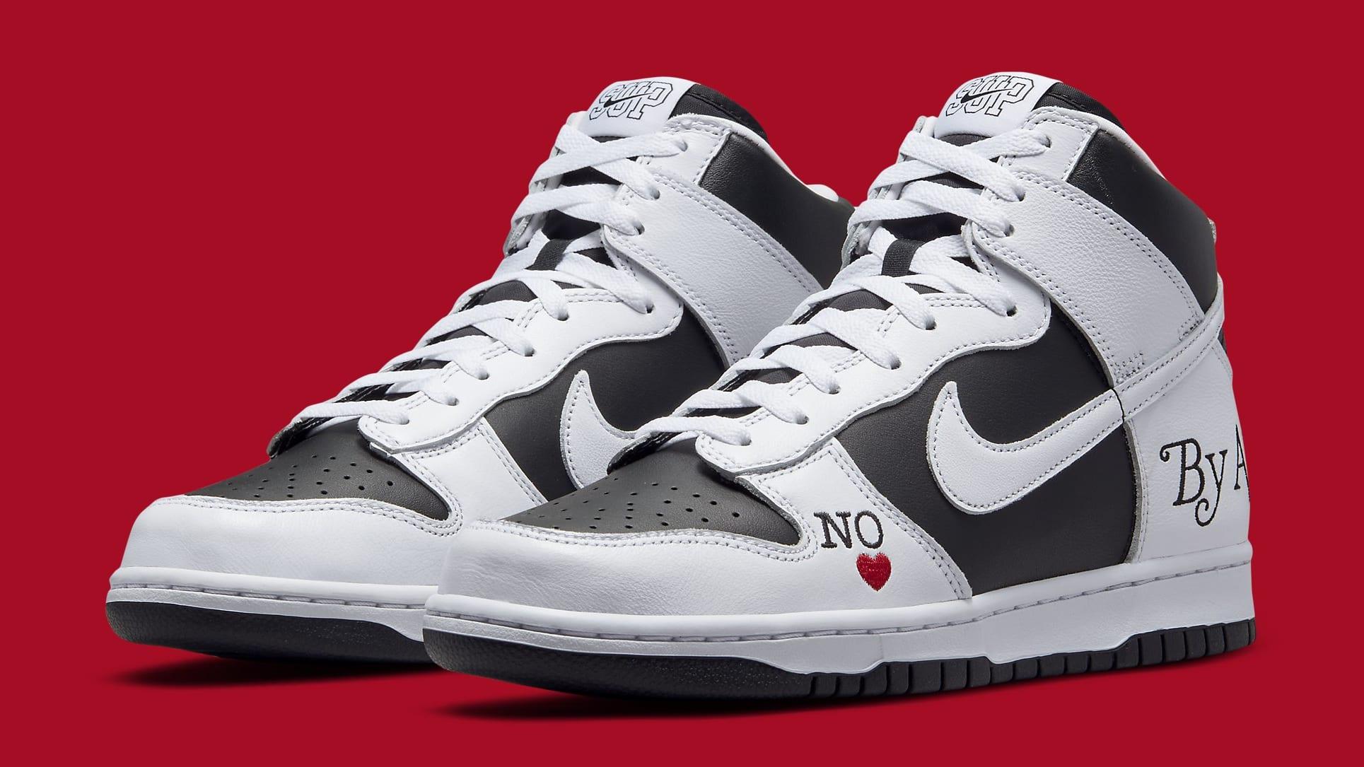 Supreme x Nike SB Dunk High White/Black DN3741-002 Pair