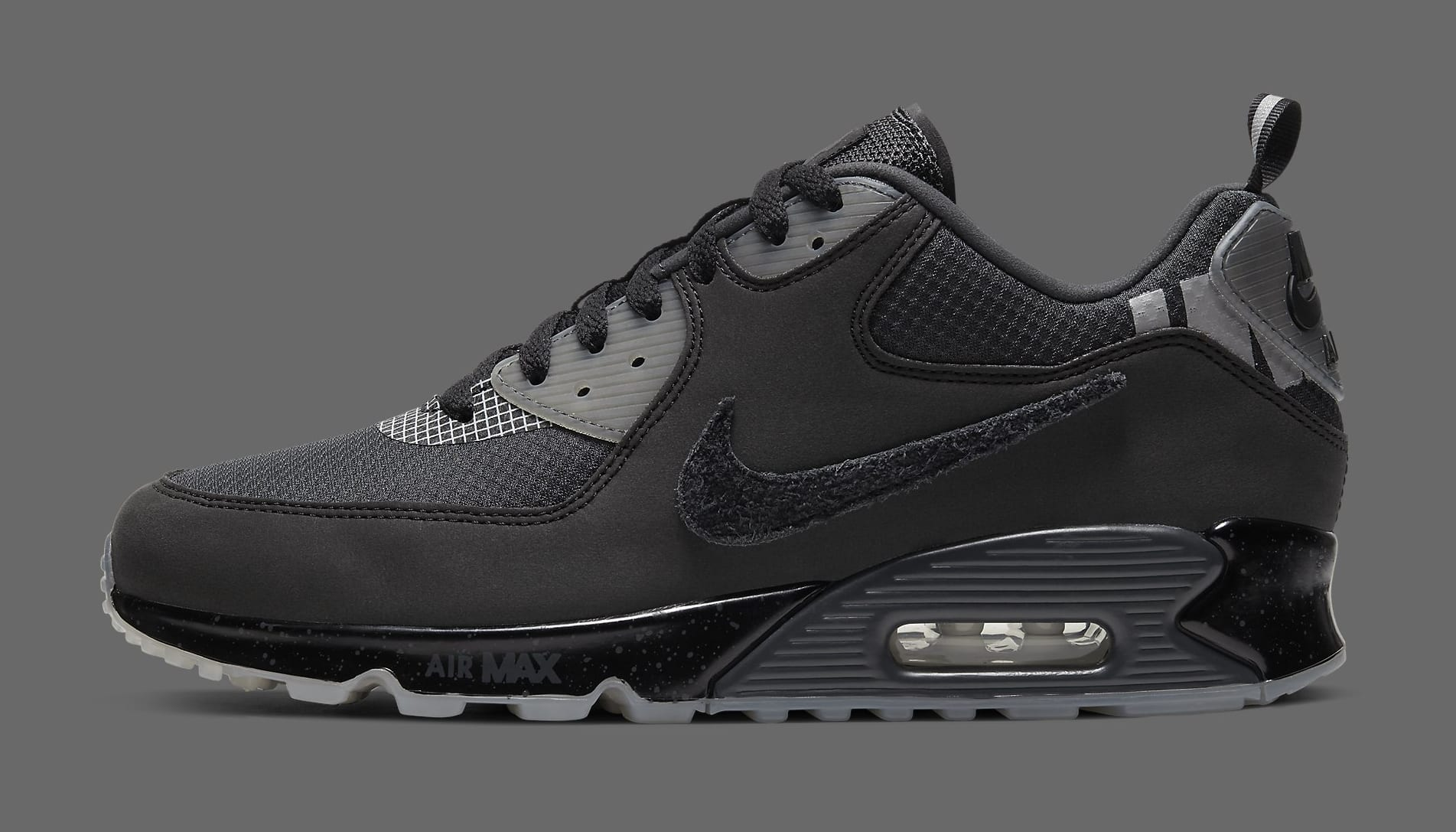 undefeated-nike-air-max-90-black-cq2289-002-lateral
