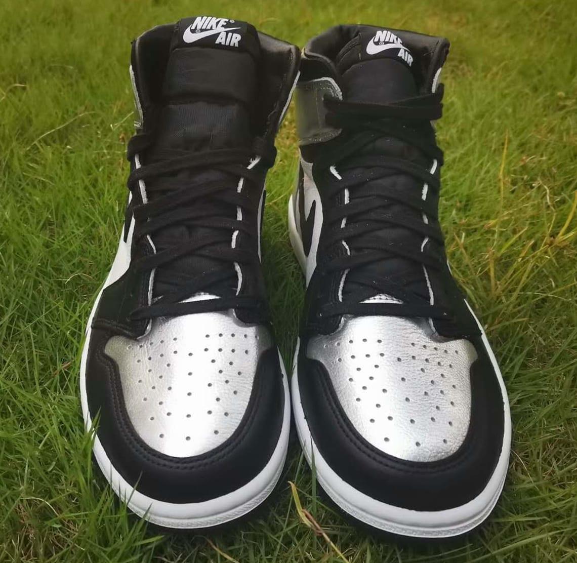 Air Jordan 1 Retro High OG Women's 'Silver Toe' CD0461-001 Front