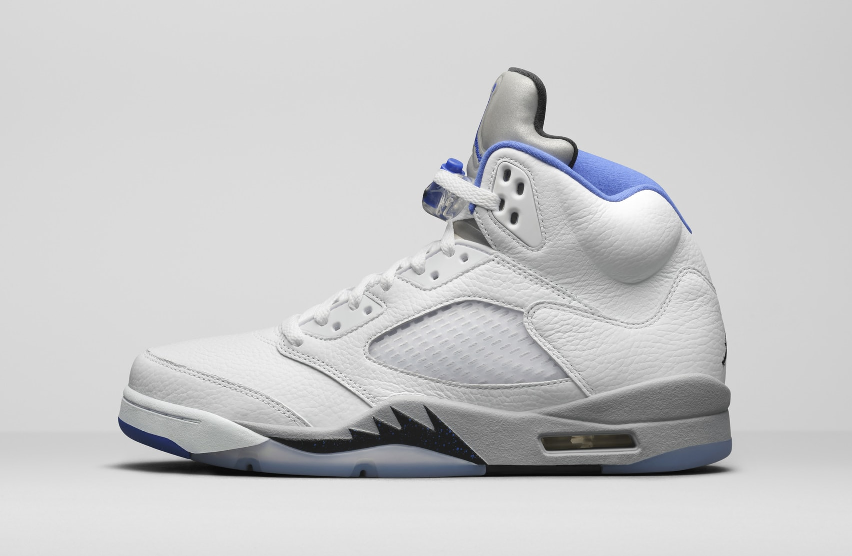 Air Jordan 5 Retro 'Hyper Royal' DD0587-140 Lateral