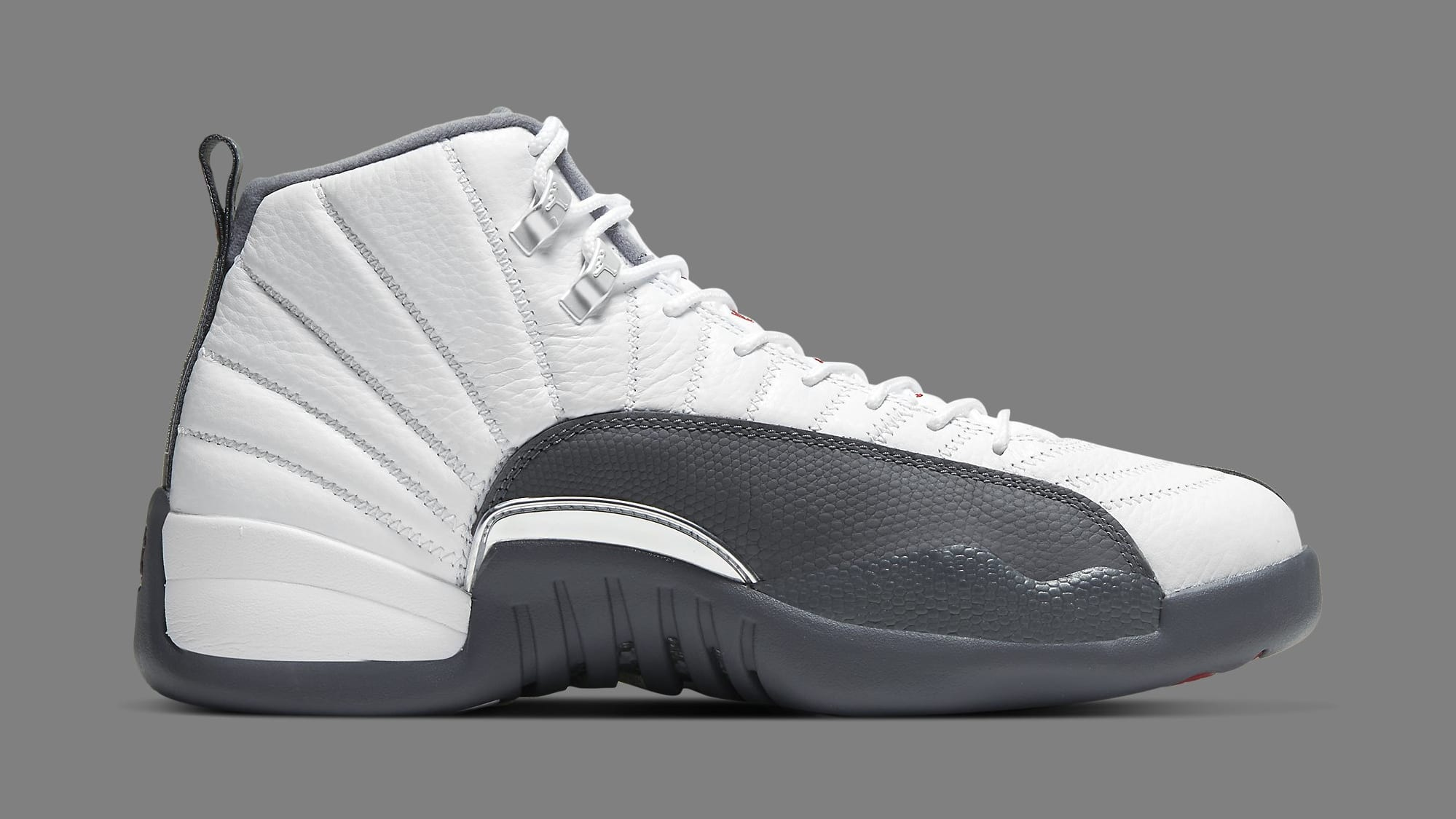air-jordan-12-xii-retro-dark-grey-130690-160-medial