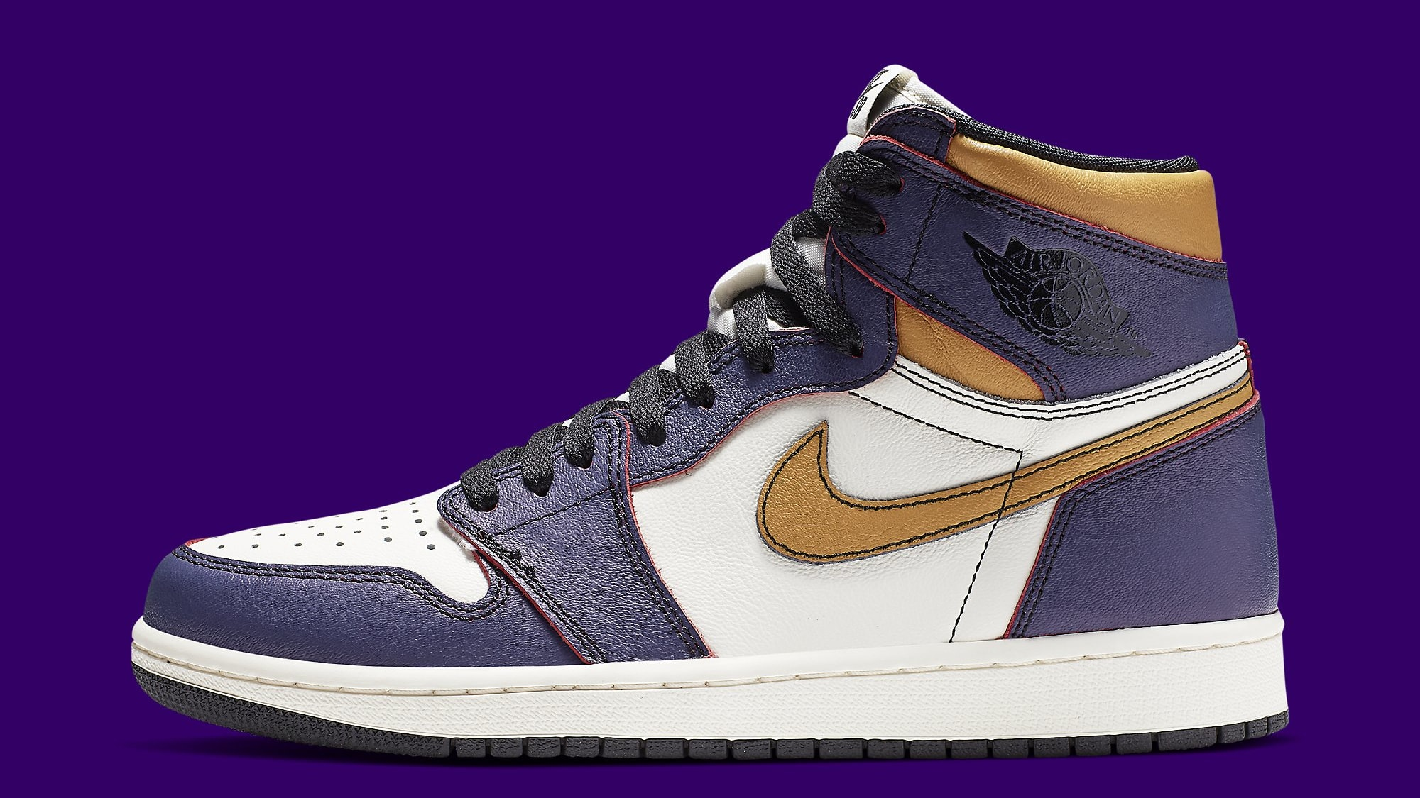An Official Look at the Upcoming Nike SB x Air Jordan 1 Collab