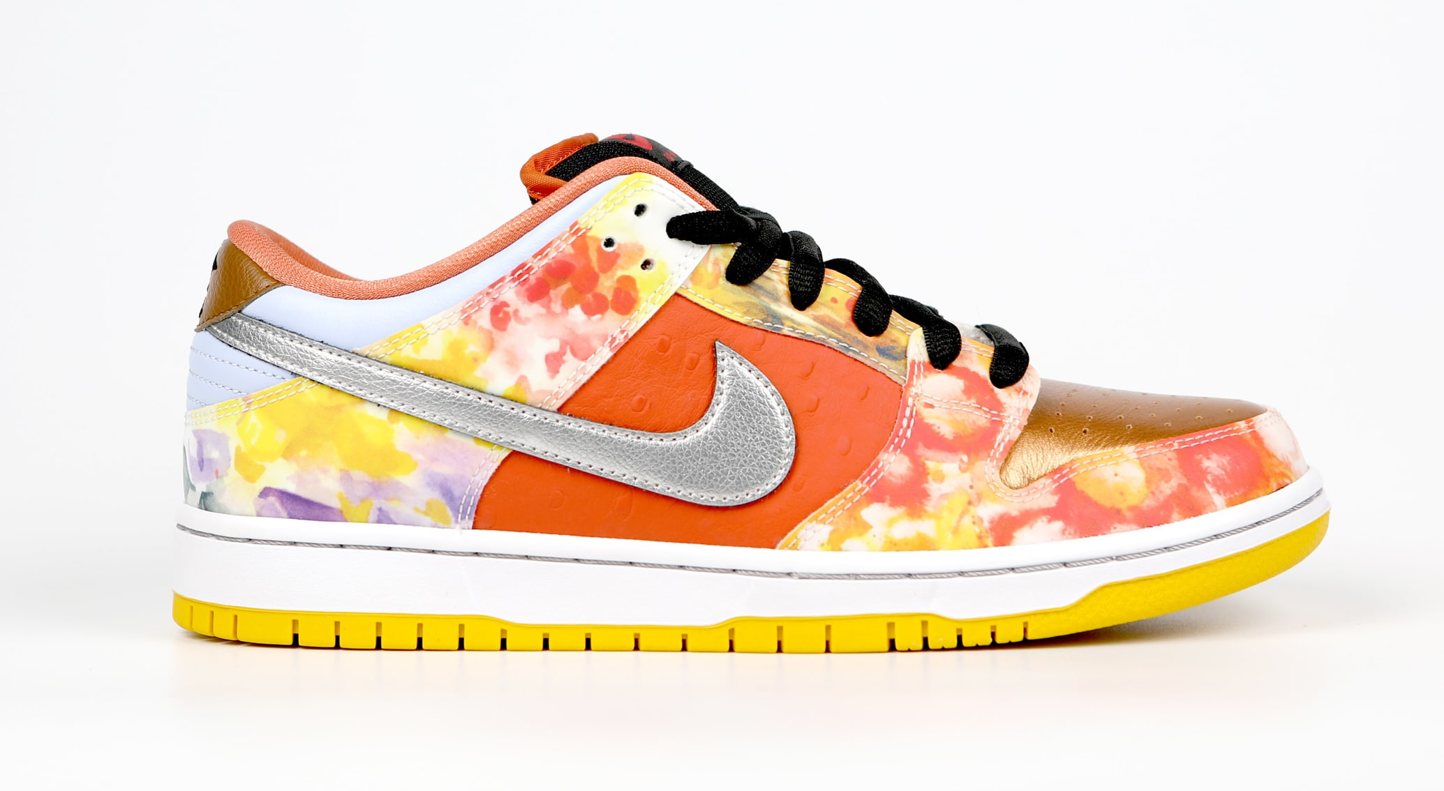 Nike SB Dunk Low 'Street Hawker' Lateral