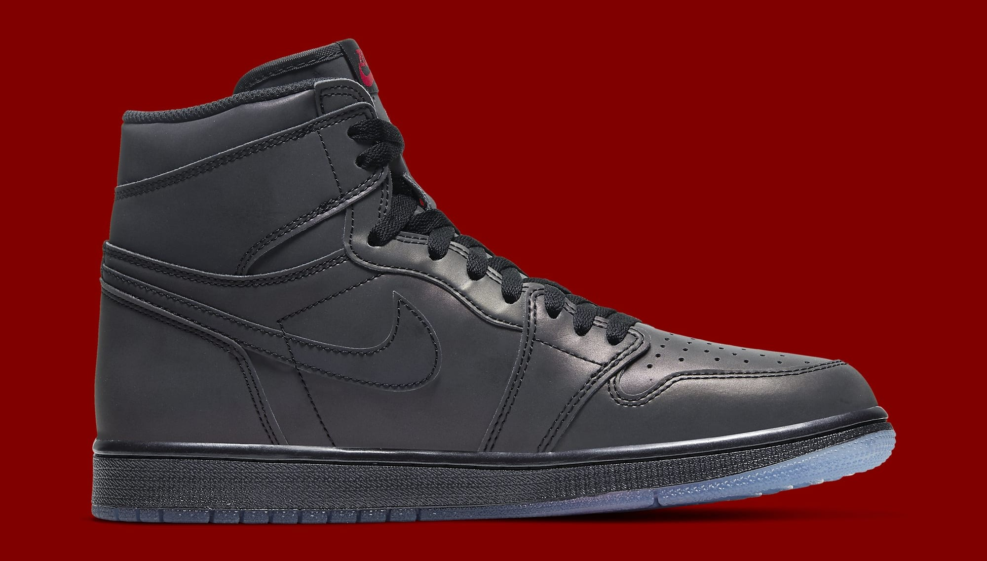 air-jordan-1-retro-high-zoom-fearless-bv0006-900-medial