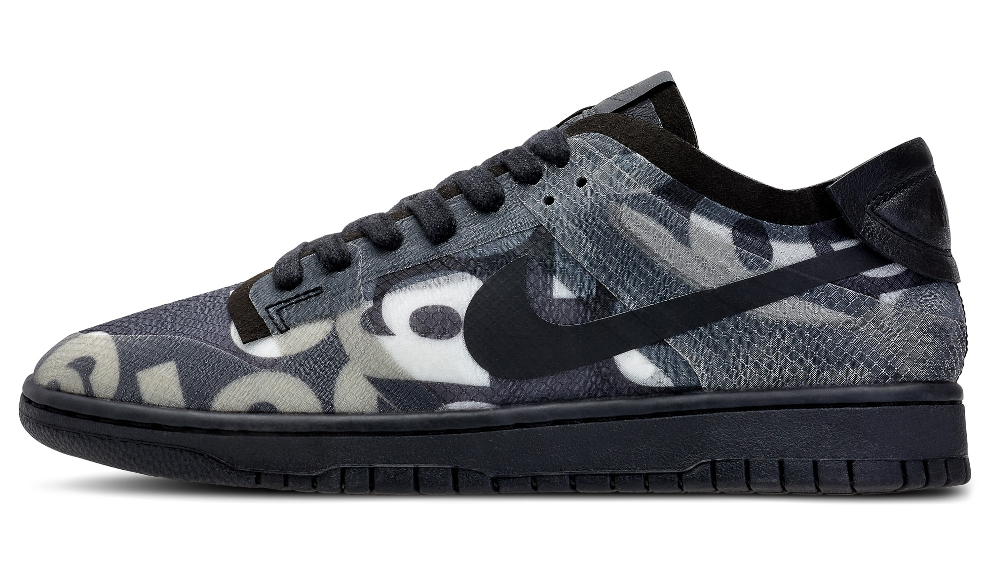 Comme Des Garcons x Nike Dunk Low Lateral