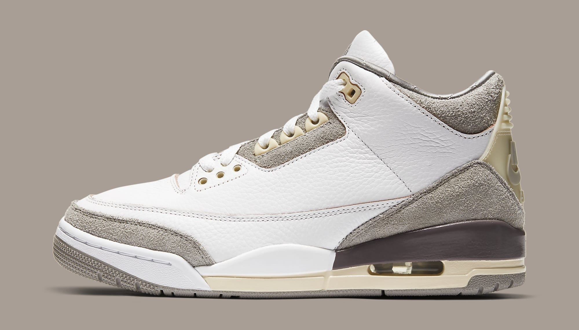 A Ma Maniere x Air Jordan 3 SP DH3434-110 Lateral