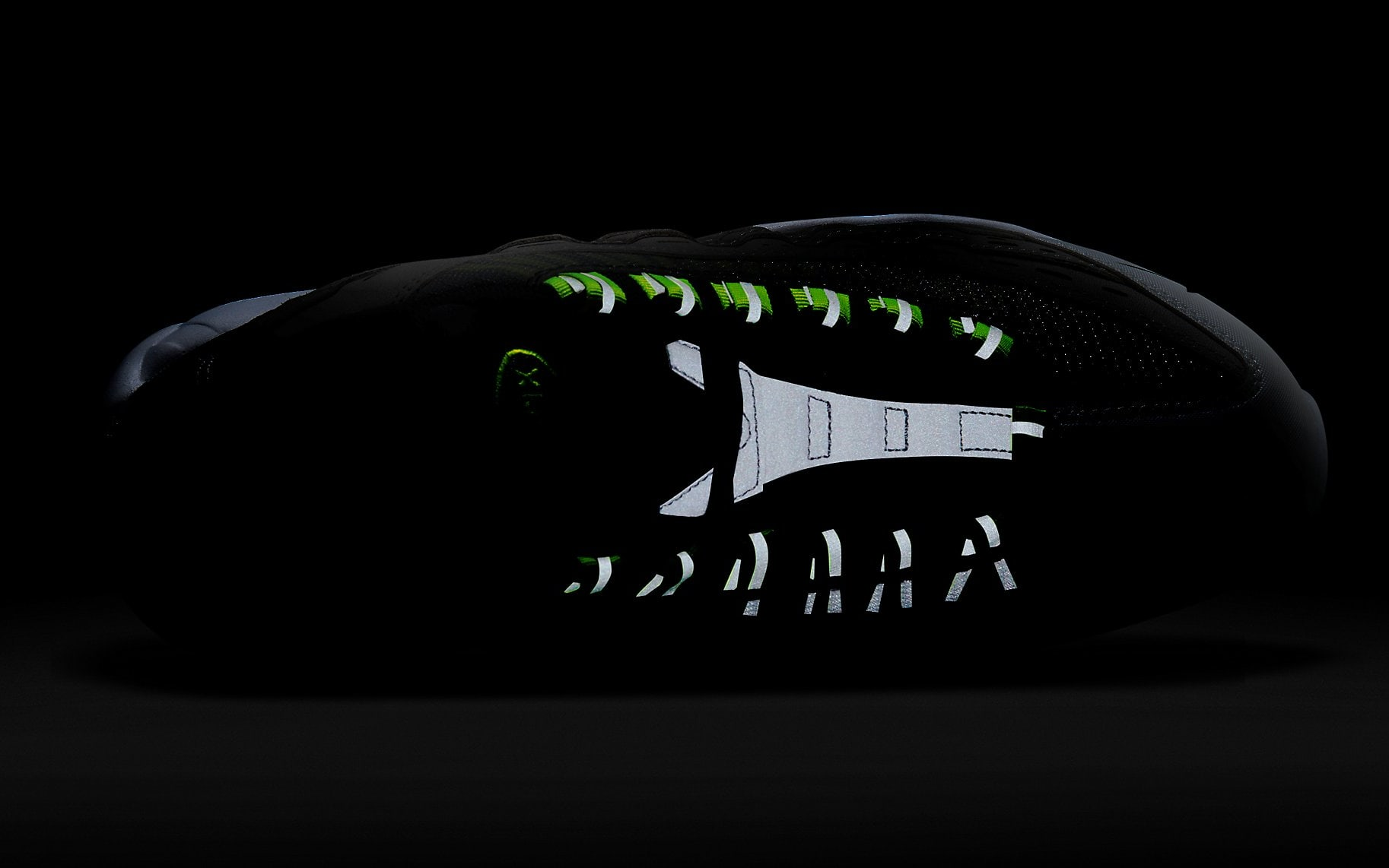 Kim Jones x Nike Air Max 95 Volt Release Date DD1871-002 Reflective Top