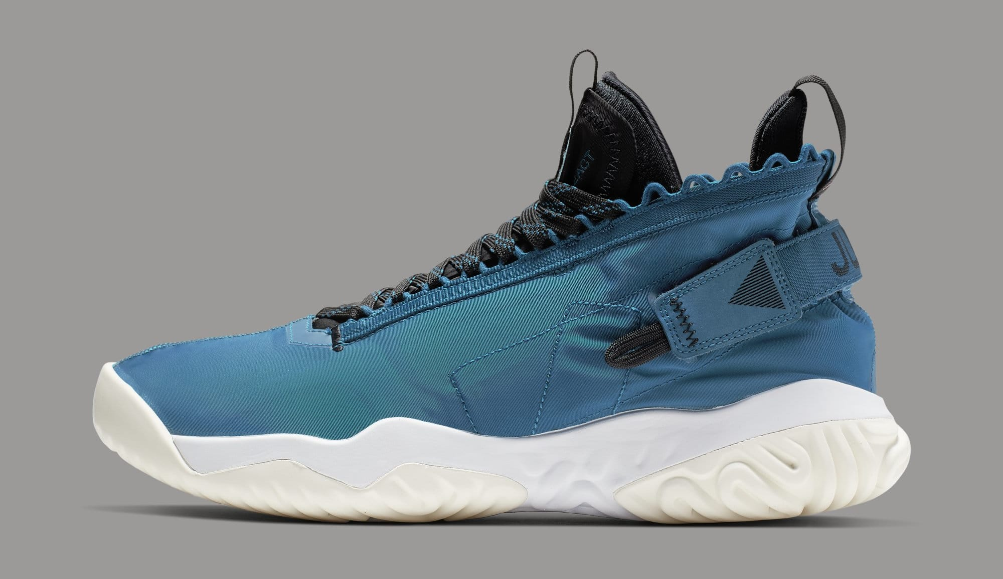 Jordan Proto-React 'Maybe I Destroyed the Game' BV1654-301 (Lateral)