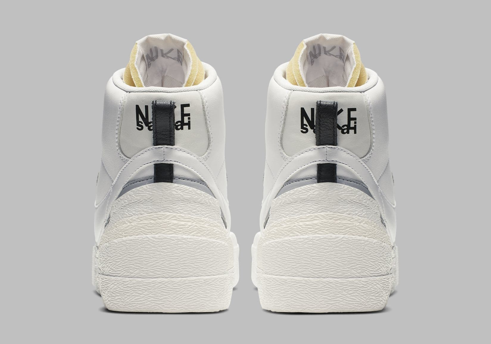sacai-nike-blazer-mid-white-bv0072-100-heel
