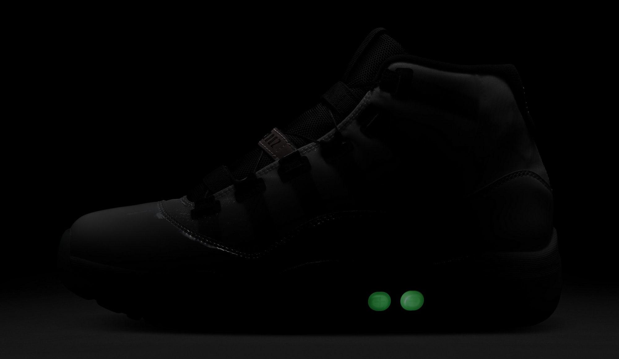 Air Jordan XI 11 Adapt DA7990-100 Glow