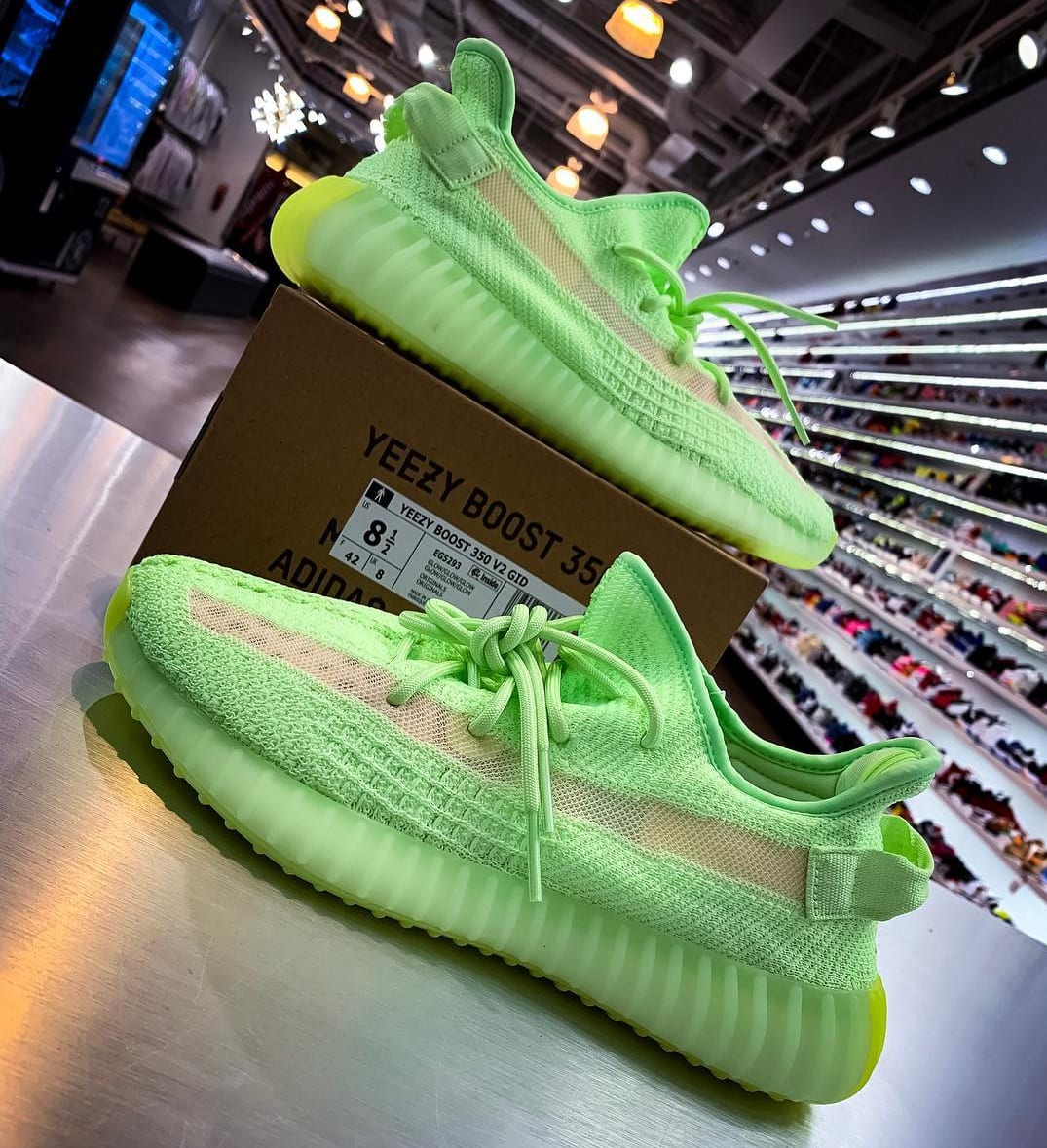 Adidas Yeezy Boost 350 V2 'Glow in the Dark' 1