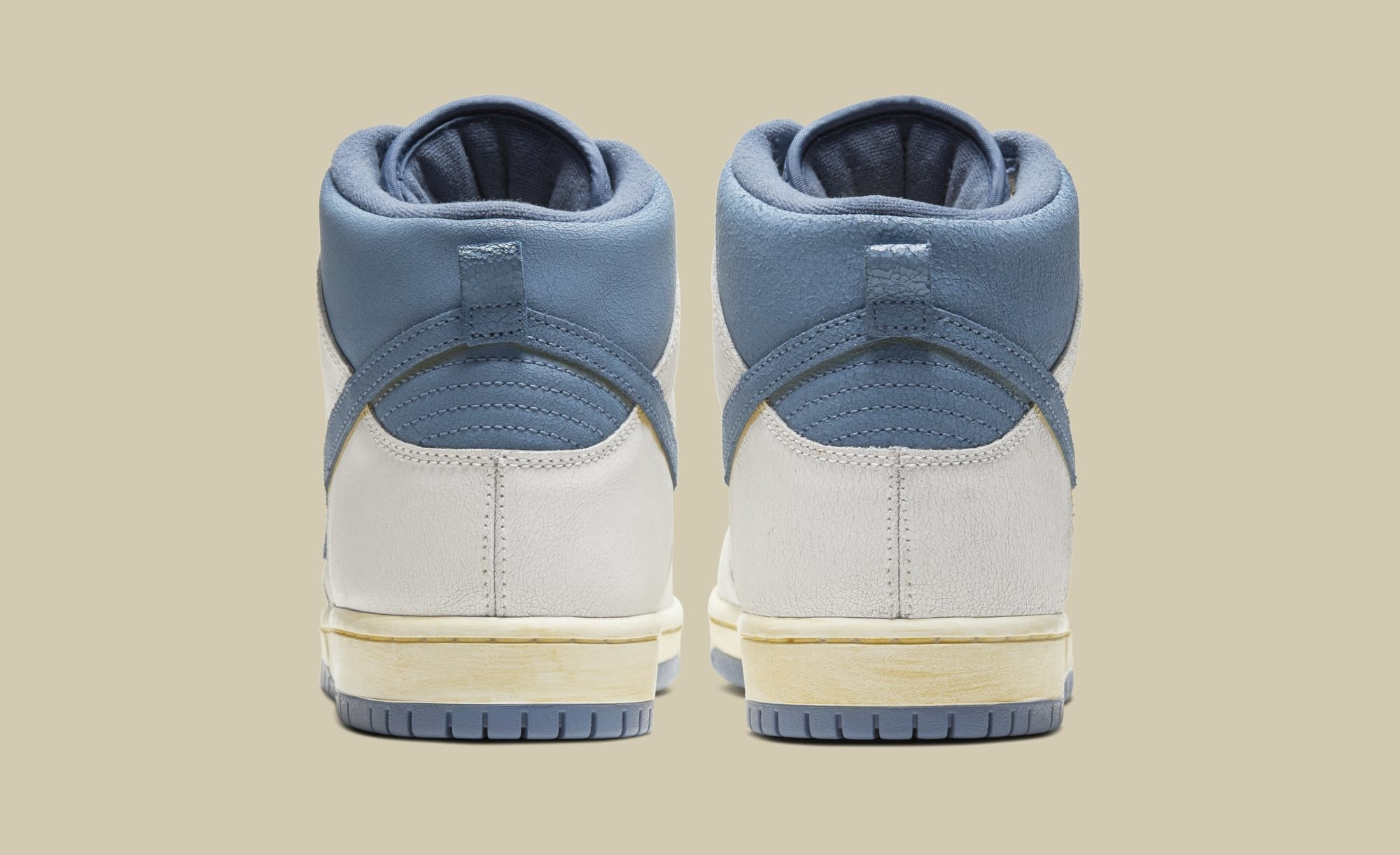 Atlas x Nike SB Dunk High CZ3334-100 Heel