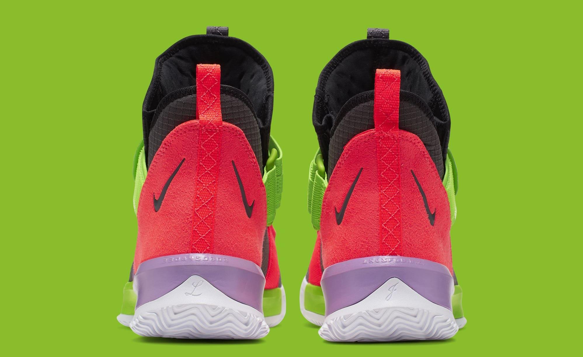 Nike LeBron Soldier 13 AR4228-002 (Heel)
