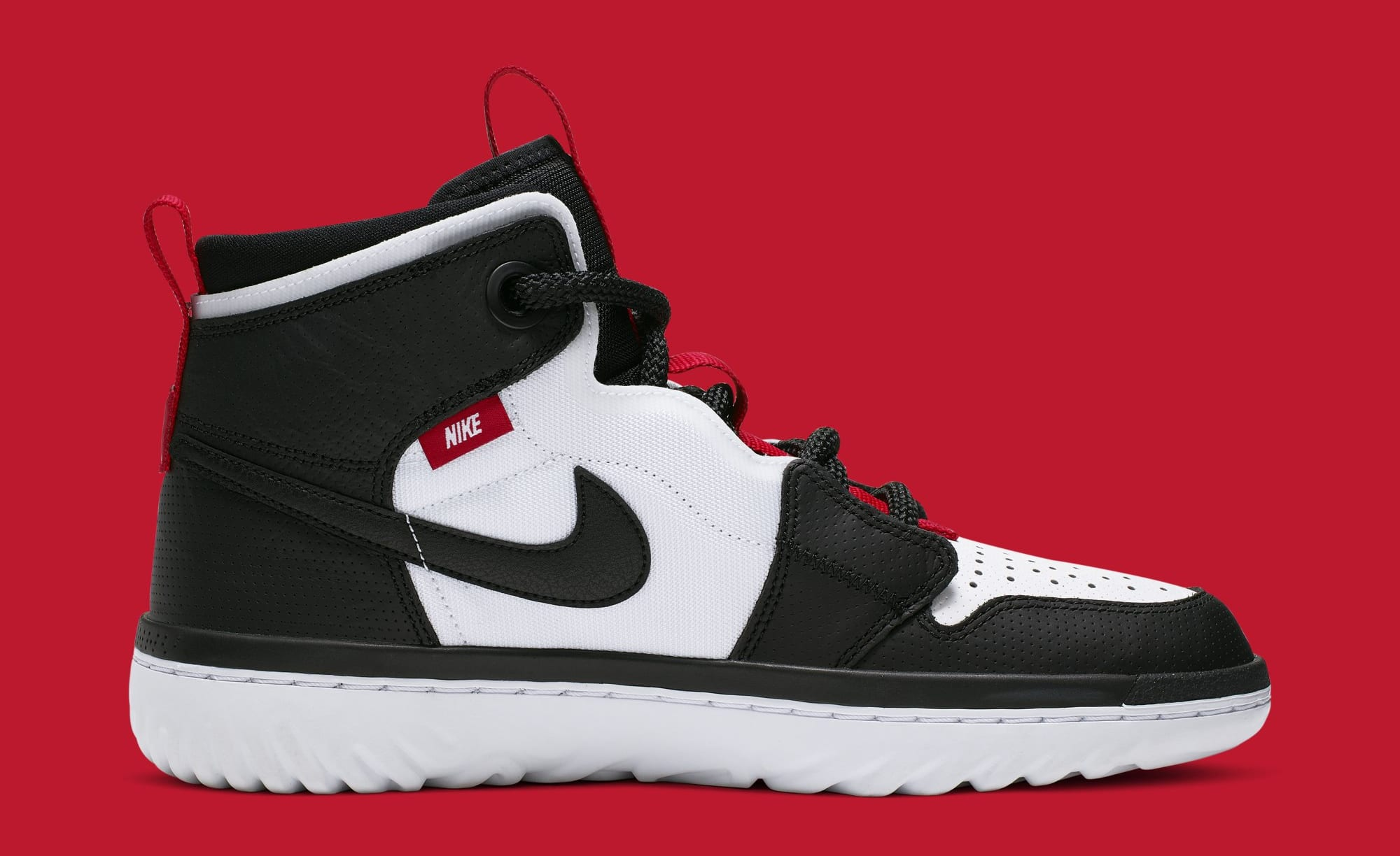 Air Jordan 1 Retro High React AR5321-016 (Medial)