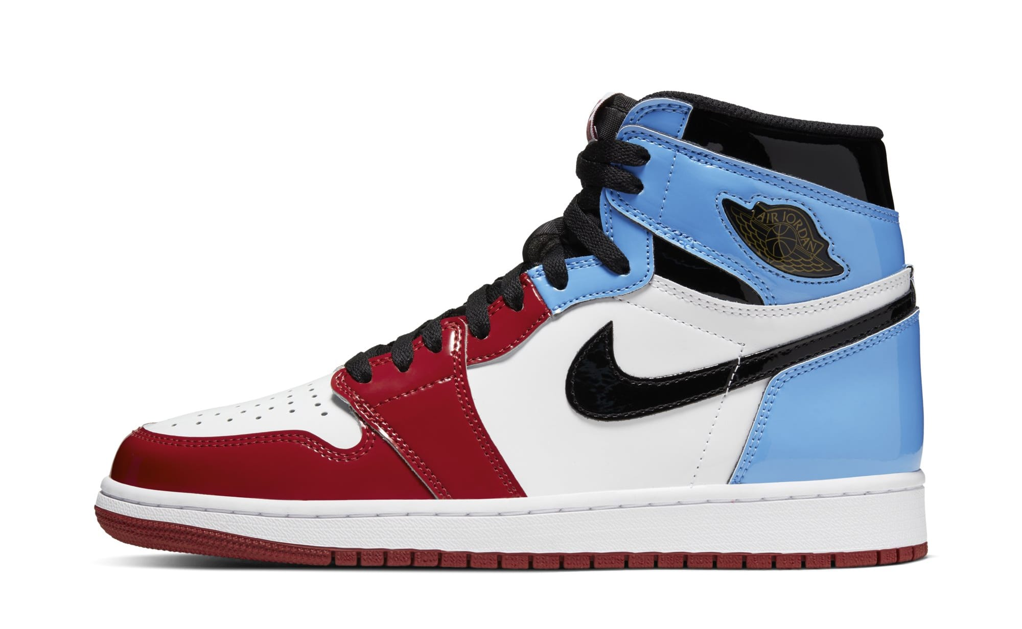 Air Jordan 1 High OG 'Fearless' UNC to Chicago CK5666-100 (Lateral)