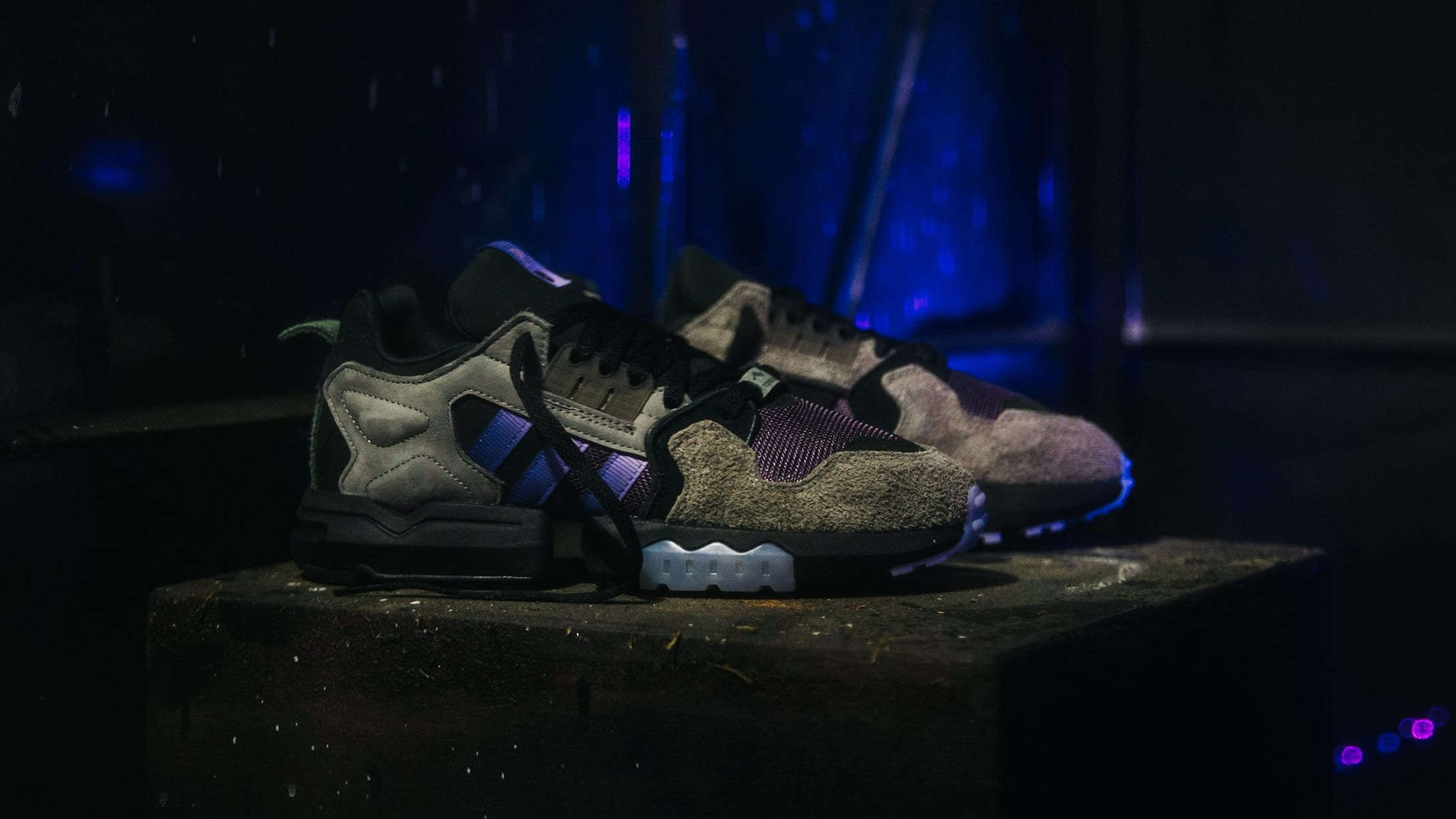 packer-shoes-adidas-consortium-zx-torsion-mega-violet-lateral