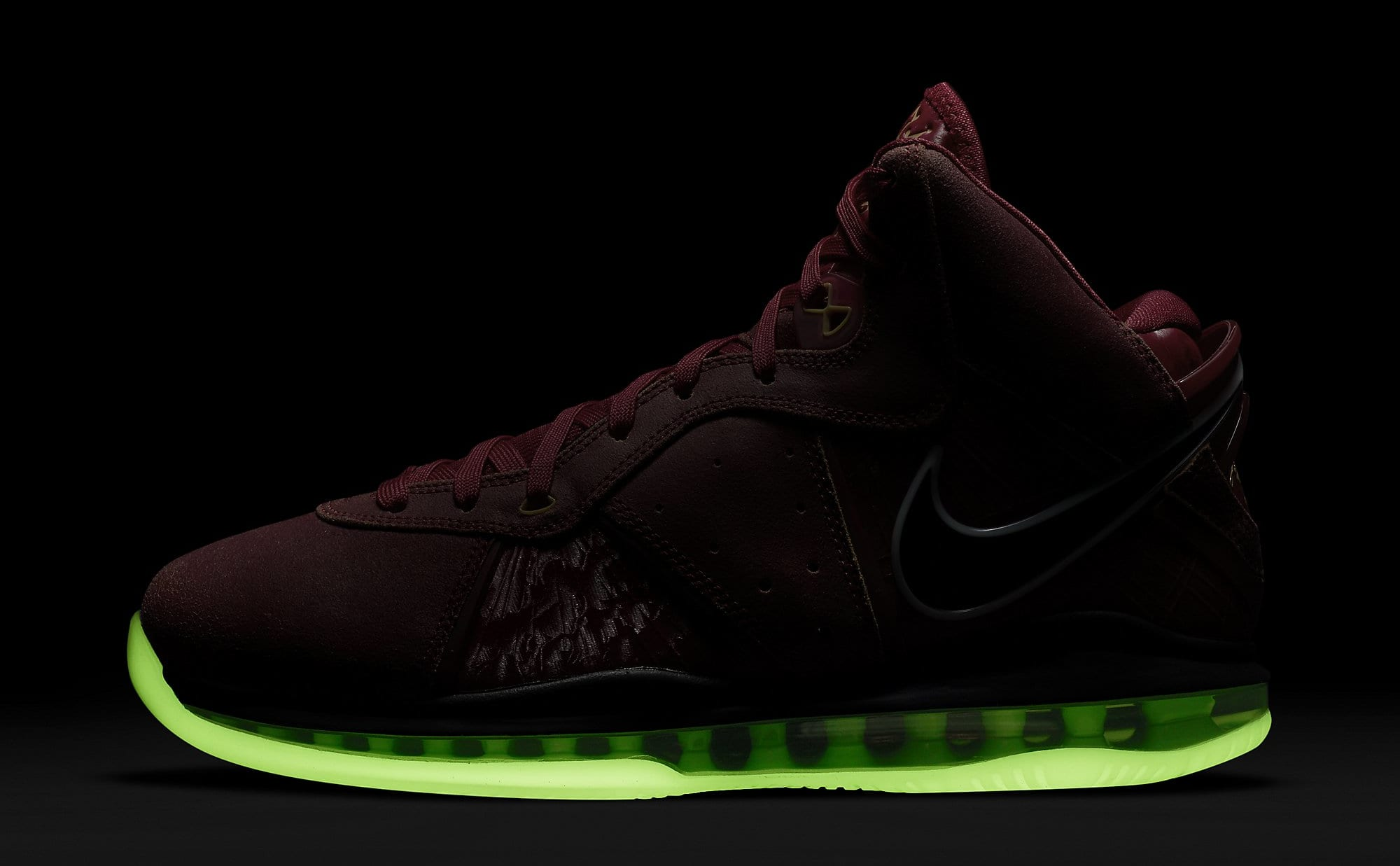 Nike LeBron 8 QS 'Gym Red' CT5330-600 Outsole