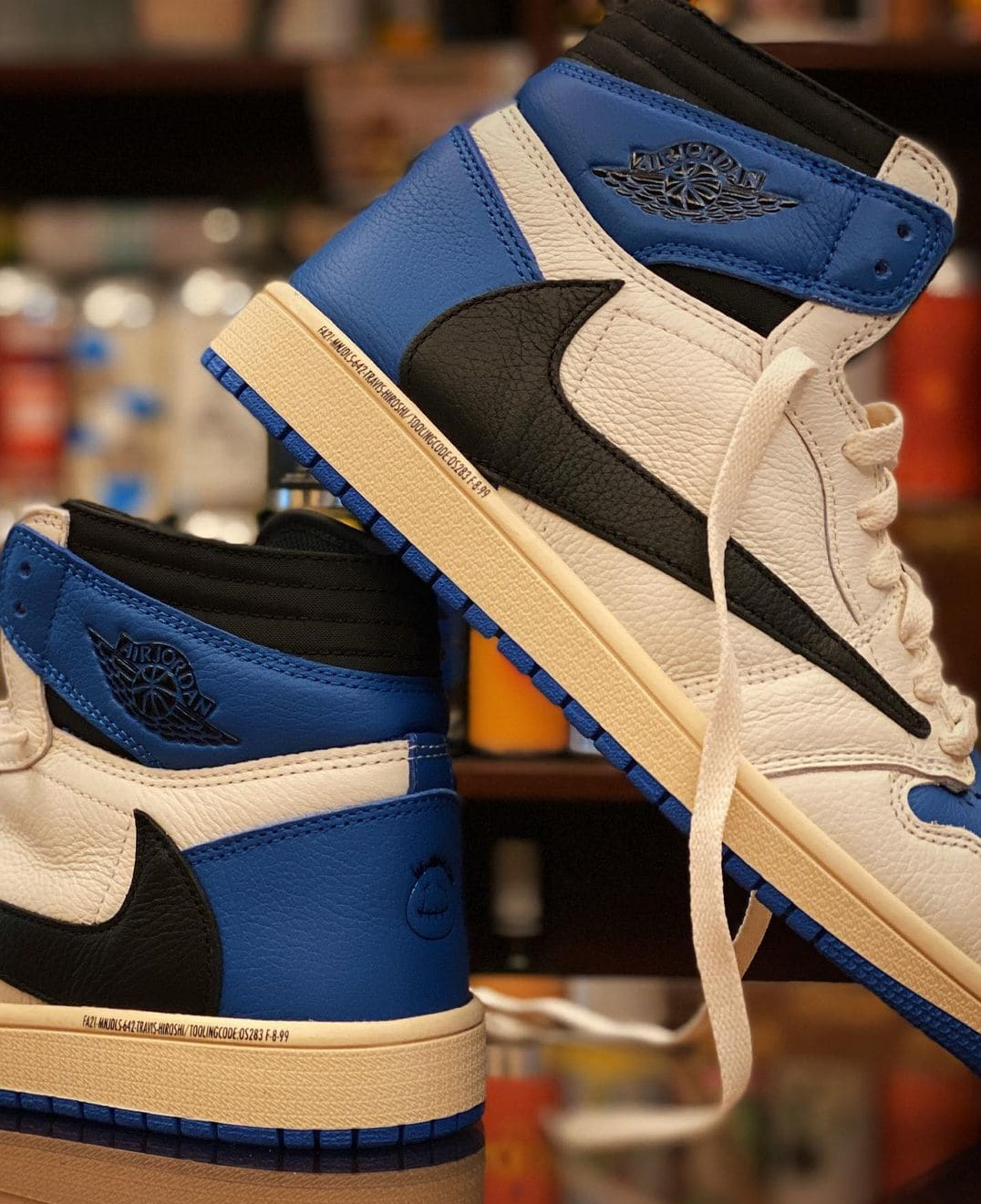 Fragment x Travis Scott x Air Jordan 1 High Sample Lateral
