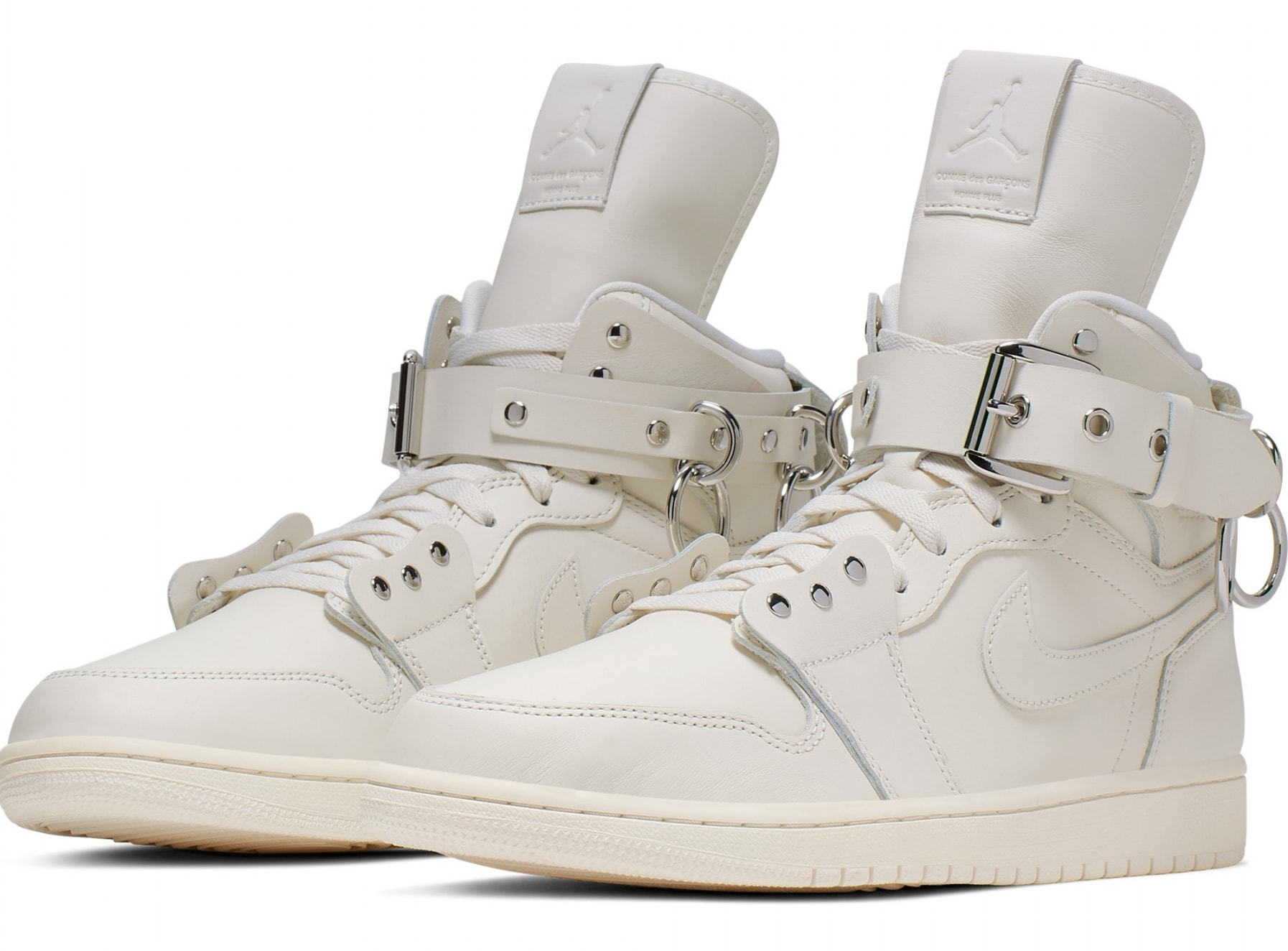 comme-des-garcons-air-jordan-1-high-white-cn5738-100-pair