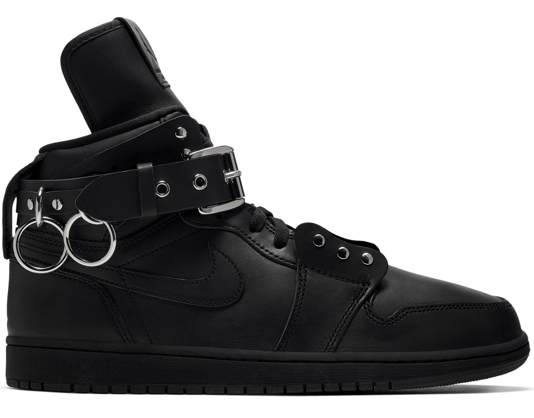 comme-des-garcons-air-jordan-1-high-black-cn5738-001-medial