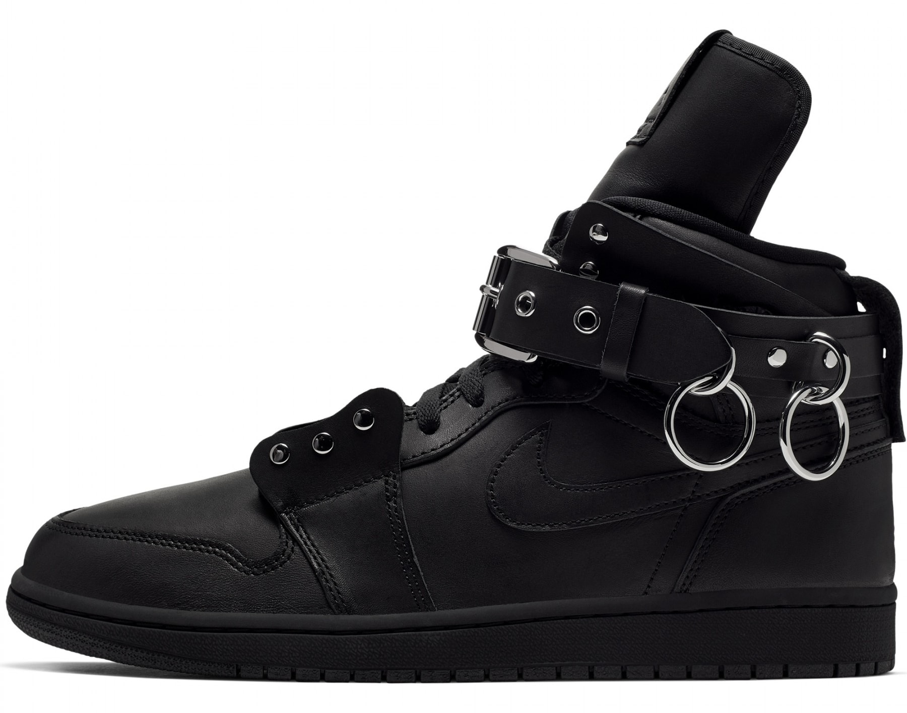 comme-des-garcons-air-jordan-1-high-black-cn5738-001-lateral