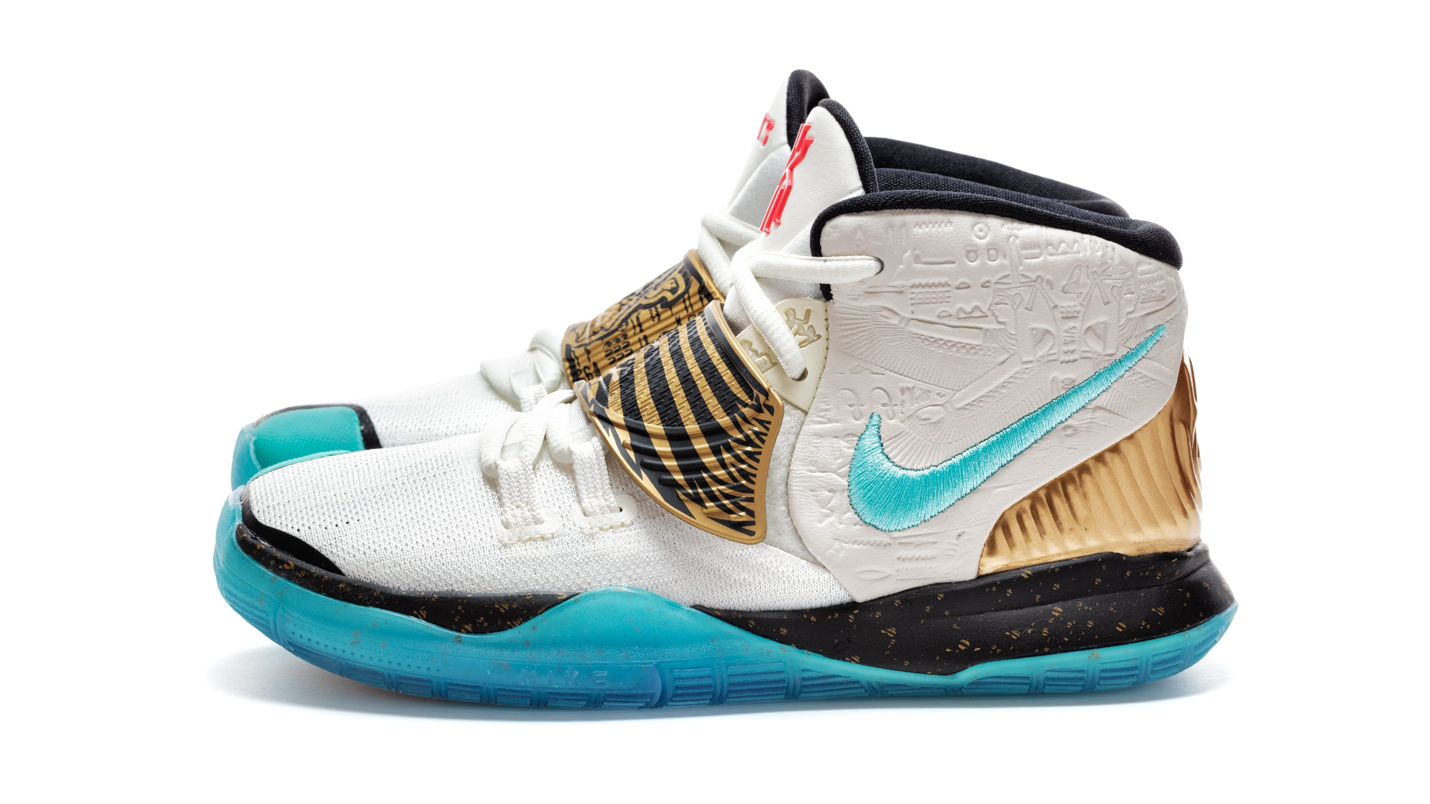 concepts-nike-kyrie-6-gs-golden-mummy-lateral-cv5572-149