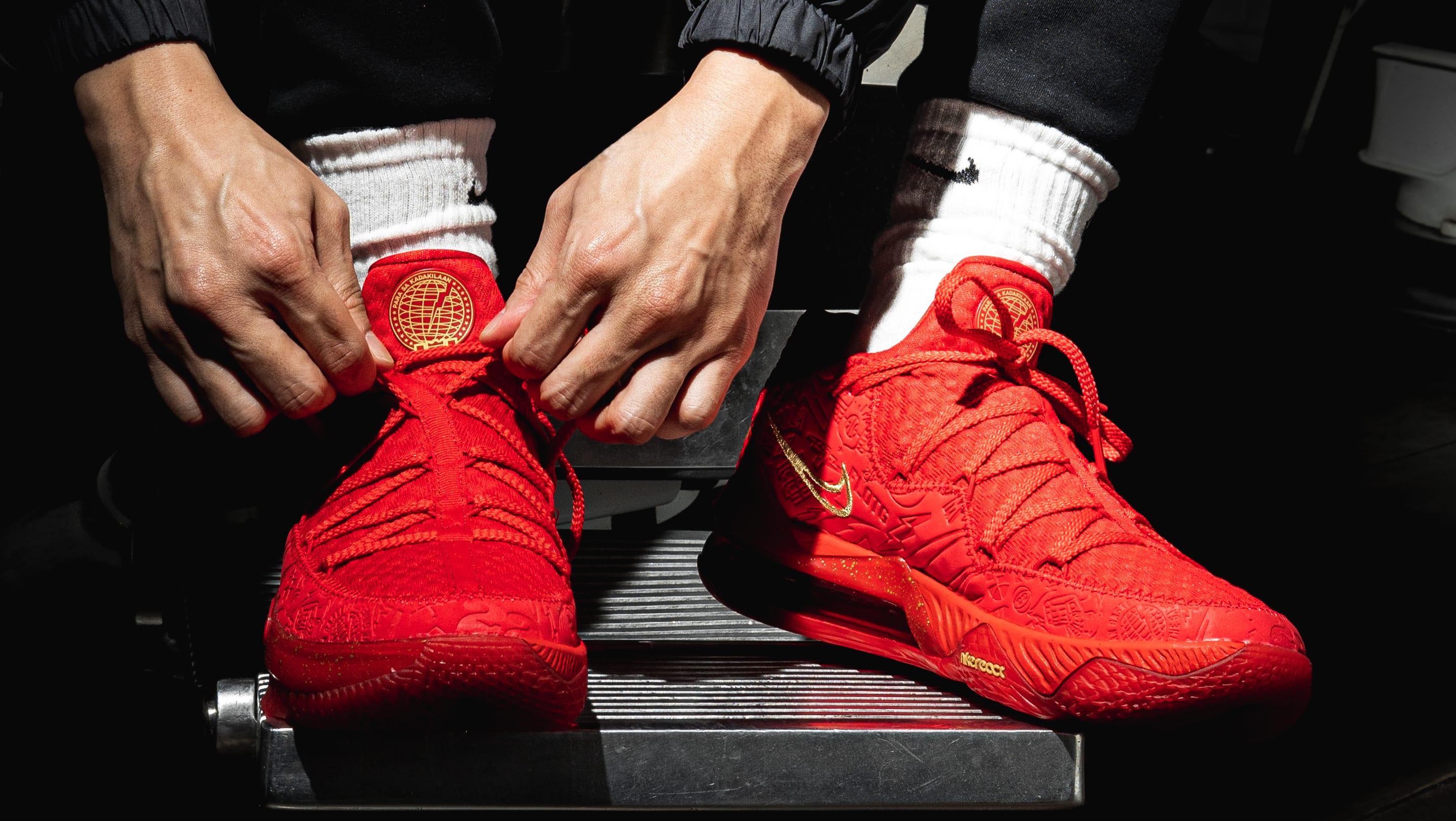 Titan x Nike LeBron 17 Low CD5008-600 (On-Foot 2)