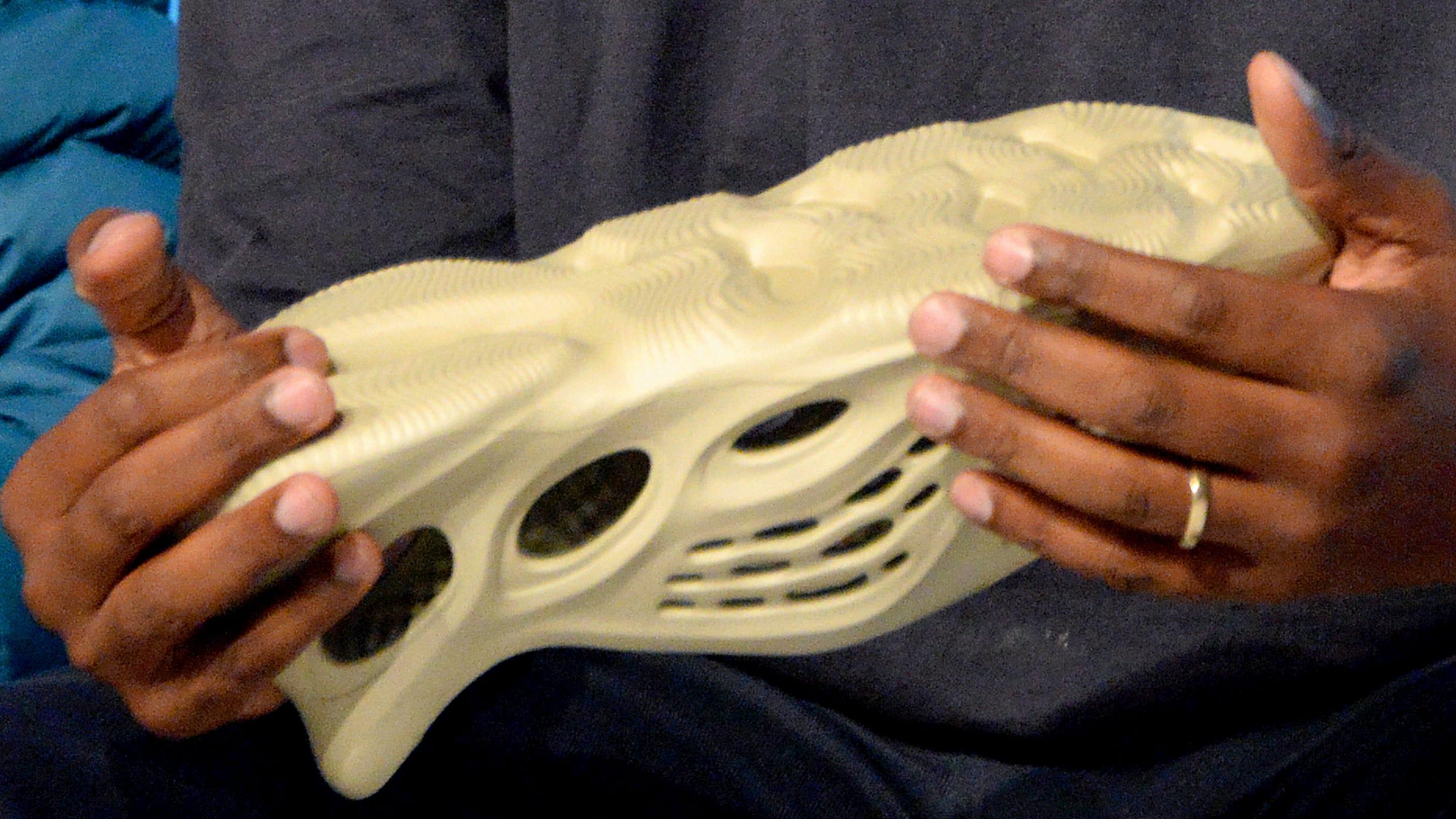 Kanye West Yeezy Foam Runner Crocs Algae Medial