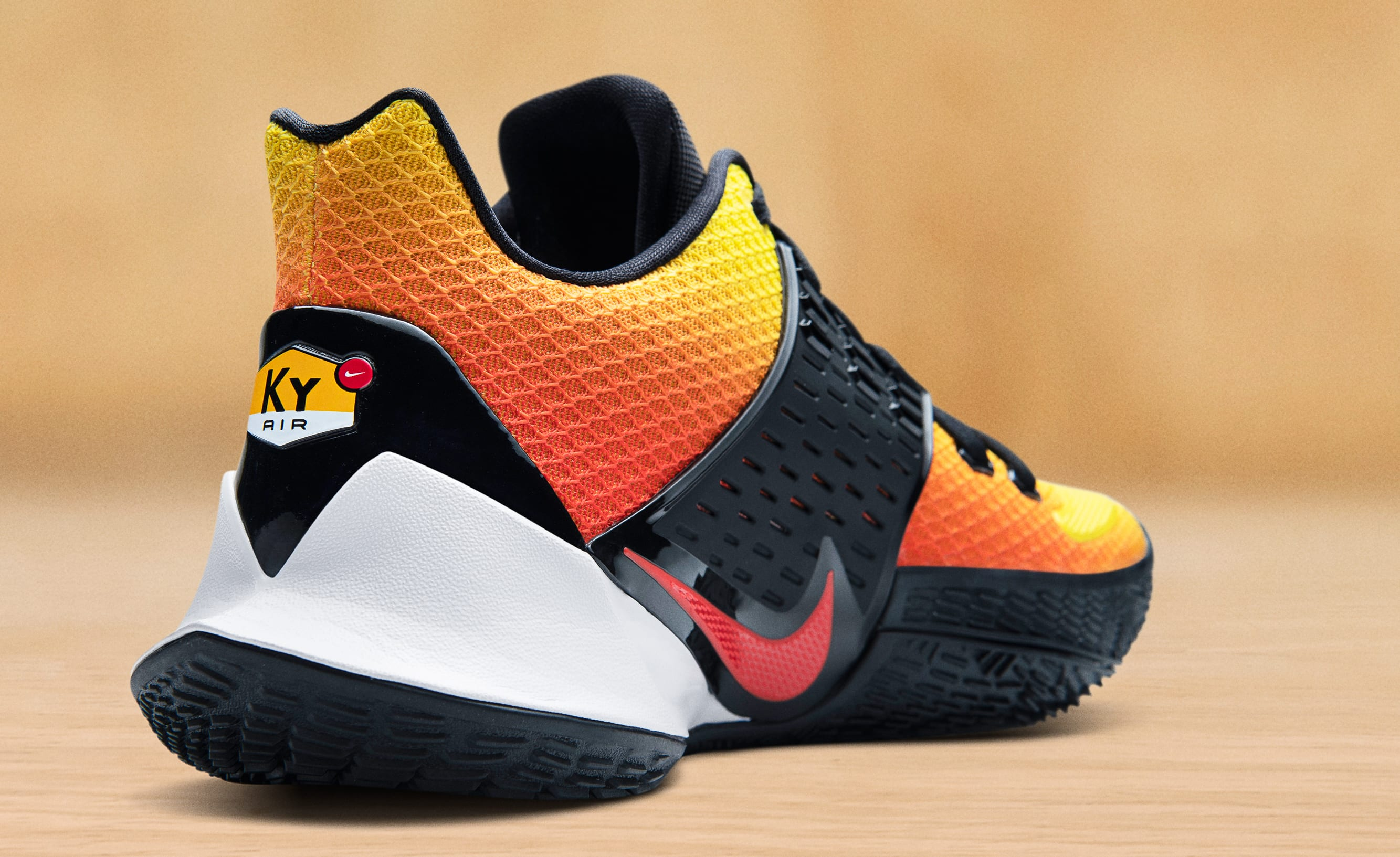 nike-kyrie-low-2-nike-air-max-plus-sunset-heel