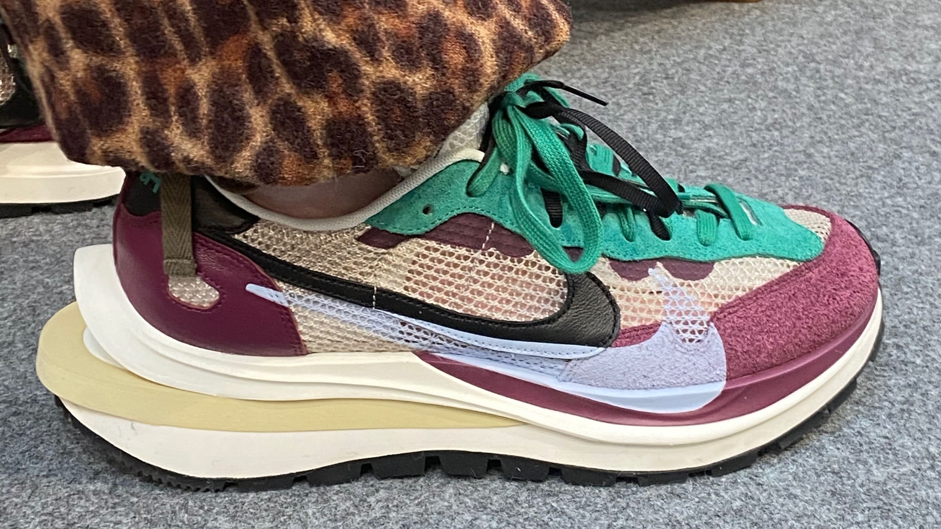 sacai-nike-vapor-pegasus-first-look-paris-fashion-week-2020