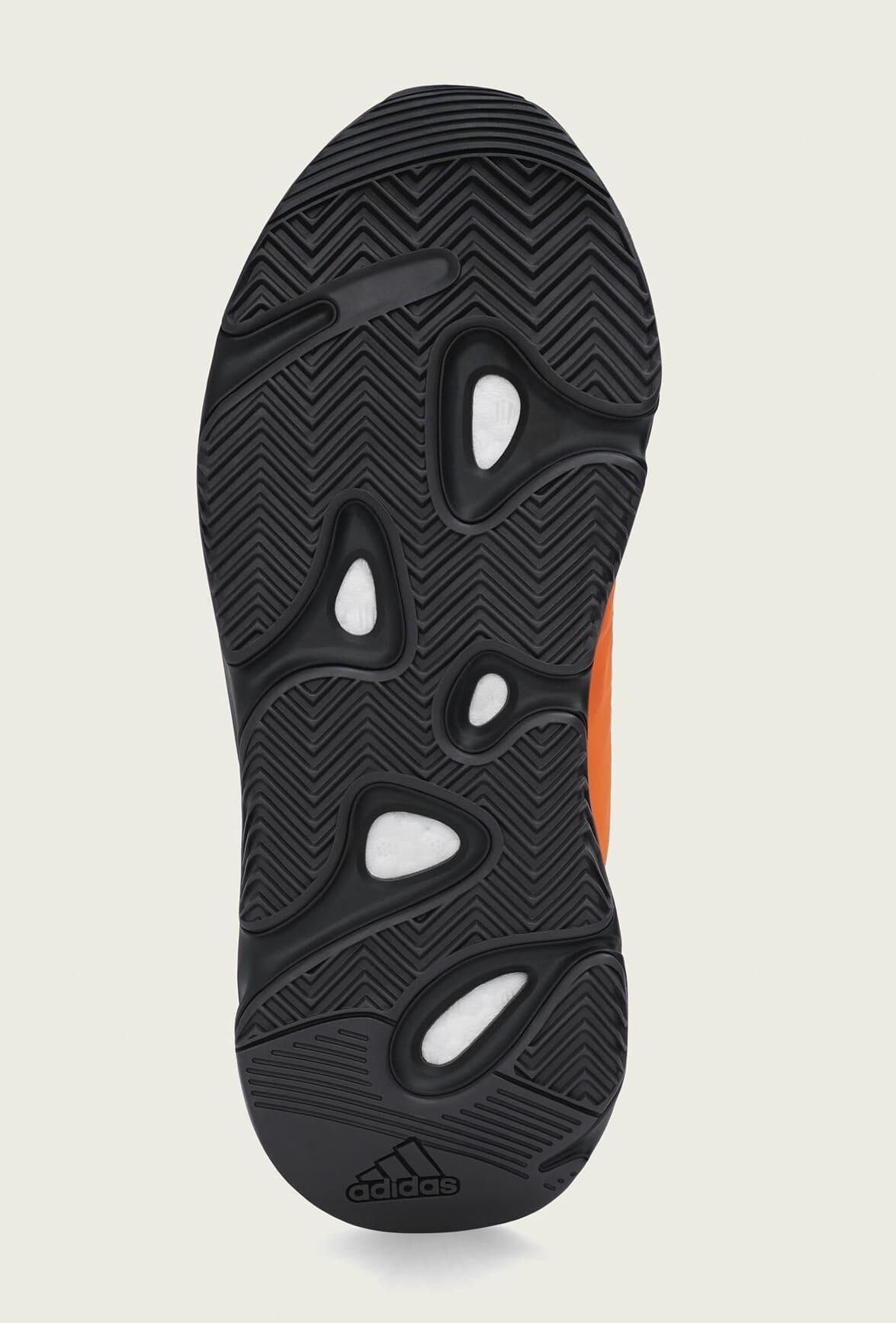 adidas-yeezy-boost-700-mnvn-orange-fv3258-outsole