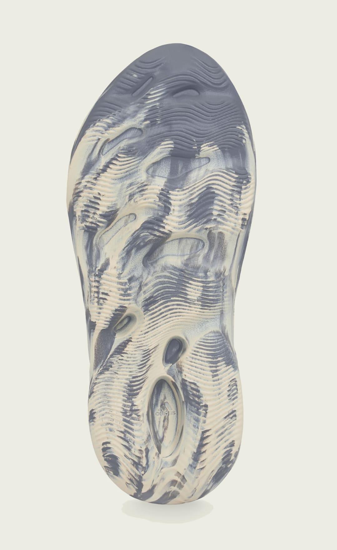 Adidas Yeezy Foam Runner 'Mxt Moon Gray' GV7904 Outsole
