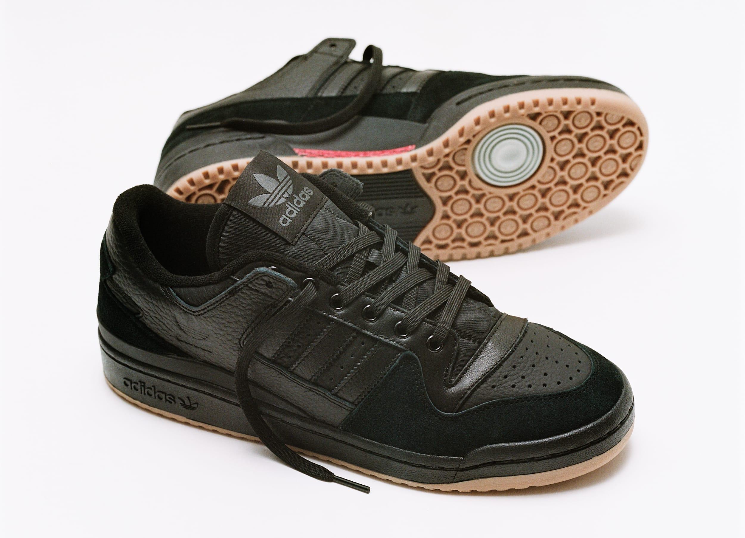 Adidas Forum 84 ADV Black Pair