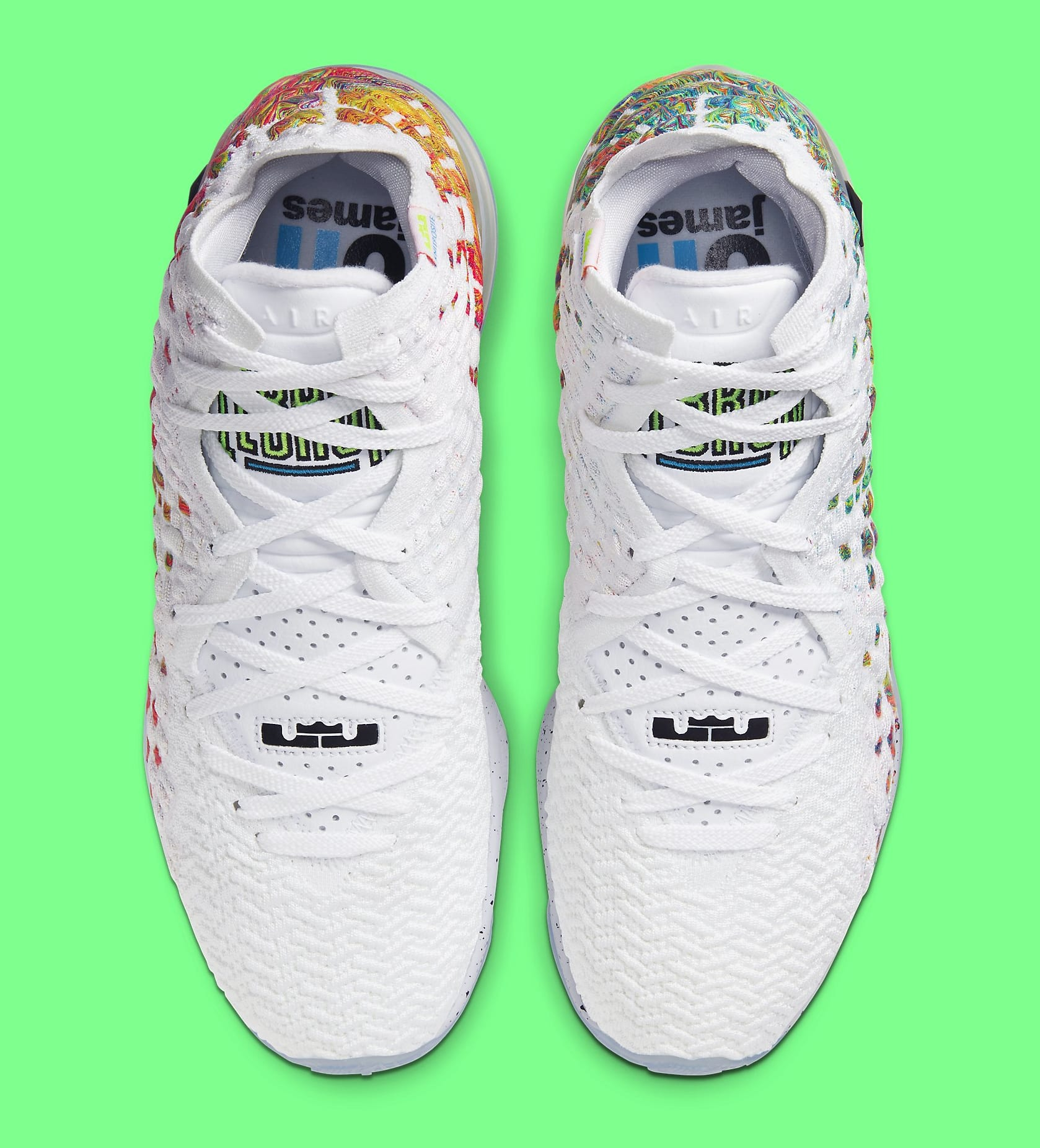 Nike LeBron 17 'Command Force' BQ3177-100 Top